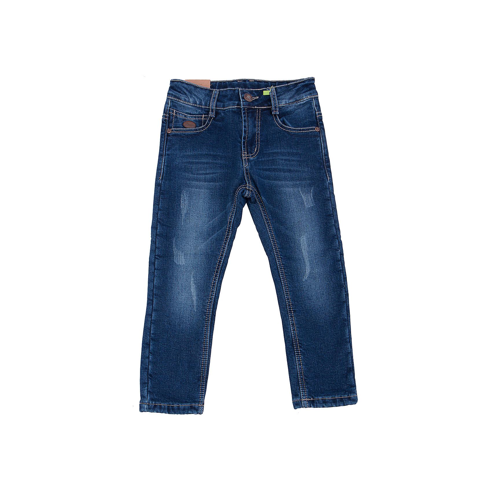 Джинсы для мальчика Sweet BerryТакая модель джинсов для мальчика отличается модным дизайном с контрастной прострочкой и потертостями. Удачный крой обеспечит ребенку комфорт и тепло. Мягкая и теплая подкладка делает вещь идеальной для прохладной погоды. Она плотно прилегает к телу там, где нужно, и отлично сидит по фигуре. Джинсы имеют удобный пояс с регулировкой внутри. Натуральный хлопок обеспечит коже возможность дышать и не вызовет аллергии.<br>Одежда от бренда Sweet Berry - это простой и выгодный способ одеть ребенка удобно и стильно. Всё изделия тщательно проработаны: швы - прочные, материал - качественный, фурнитура - подобранная специально для детей. <br><br>Дополнительная информация:<br><br>цвет: синий;<br>имитация потертостей;<br>материал: 98% хлопок, 2% эластан, подкладка - 100% полиэстер;<br>пояс с регулировкой внутри.<br><br>Джинсы для мальчика от бренда Sweet Berry можно купить в нашем интернет-магазине.<br><br>Ширина мм: 215<br>Глубина мм: 88<br>Высота мм: 191<br>Вес г: 336<br>Цвет: синий<br>Возраст от месяцев: 36<br>Возраст до месяцев: 48<br>Пол: Мужской<br>Возраст: Детский<br>Размер: 104,98,128,122,116,110<br>SKU: 4930585