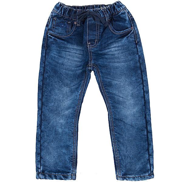 Джинсы для мальчика Sweet BerryДжинсы<br>Такая модель джинсов для мальчика отличается модным дизайном с контрастной прострочкой и потертостями. Удачный крой обеспечит ребенку комфорт и тепло. Мягкая и теплая подкладка делает вещь идеальной для прохладной погоды. Она плотно прилегает к телу там, где нужно, и отлично сидит по фигуре. Джинсы имеют удобный пояс с регулировкой внутри. Натуральный хлопок обеспечит коже возможность дышать и не вызовет аллергии.<br>Одежда от бренда Sweet Berry - это простой и выгодный способ одеть ребенка удобно и стильно. Всё изделия тщательно проработаны: швы - прочные, материал - качественный, фурнитура - подобранная специально для детей. <br><br>Дополнительная информация:<br><br>цвет: синий;<br>имитация потертостей;<br>материал: 100% хлопок, подкладка - 100% полиэстер (флис);<br>пояс с регулировкой внутри.<br><br>Джинсы для мальчика от бренда Sweet Berry можно купить в нашем интернет-магазине.<br><br>Ширина мм: 215<br>Глубина мм: 88<br>Высота мм: 191<br>Вес г: 336<br>Цвет: синий<br>Возраст от месяцев: 36<br>Возраст до месяцев: 48<br>Пол: Мужской<br>Возраст: Детский<br>Размер: 104,98,110,116,122,128<br>SKU: 4930683