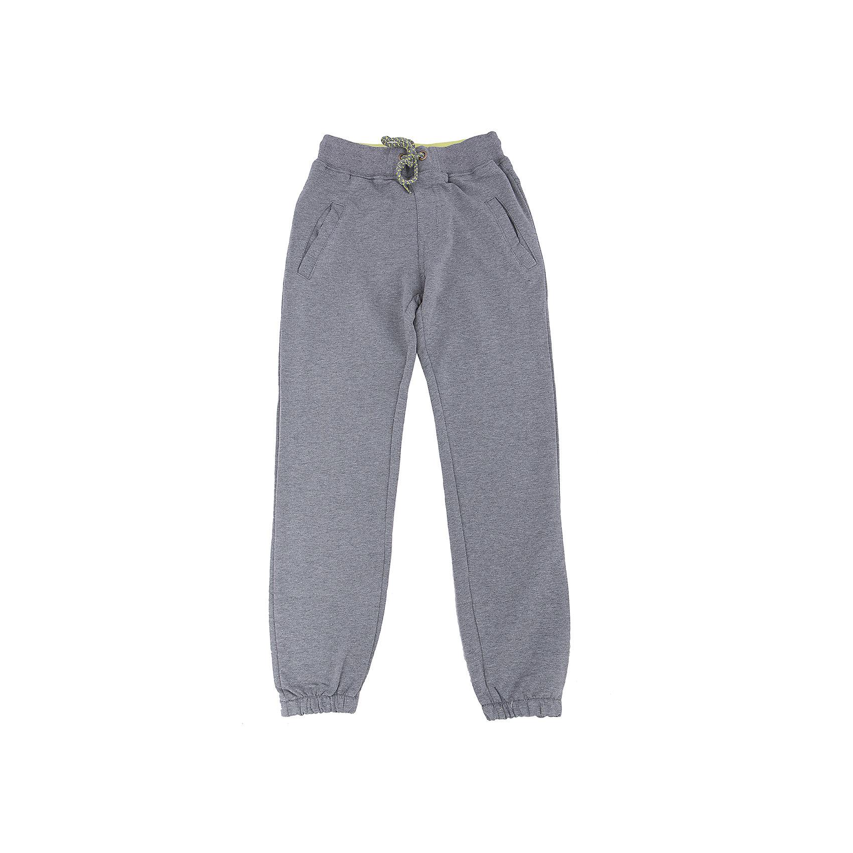 Брюки для мальчика LuminosoСпортивная форма<br>Характеристики товара:<br><br>- цвет: серый;<br>- материал: 95% хлопок 5% эластан;<br>- трикотаж;<br>- мягкая резинка и шнурок в поясе.<br><br>Стильная одежда от бренда Luminoso (Люминосо), созданная при участии итальянских дизайнеров, учитывает потребности подростков и последние веяния моды. Она удобная и модная.<br>Эти стильные спортивные брюки отлично впишутся в гардероб мальчика. Они хорошо сидят на ребенке, обеспечивают комфорт и отлично сочетаются с одежной разных стилей. Модель отличается высоким качеством материала и продуманным дизайном. Натуральный хлопок в составе изделия делает его дышащим, приятным на ощупь и гипоаллергеным.<br><br>Брюки для мальчика от бренда Luminoso (Люминосо) можно купить в нашем интернет-магазине.<br><br>Ширина мм: 215<br>Глубина мм: 88<br>Высота мм: 191<br>Вес г: 336<br>Цвет: серый<br>Возраст от месяцев: 96<br>Возраст до месяцев: 108<br>Пол: Мужской<br>Возраст: Детский<br>Размер: 134,164,140,146,152,158<br>SKU: 4930844