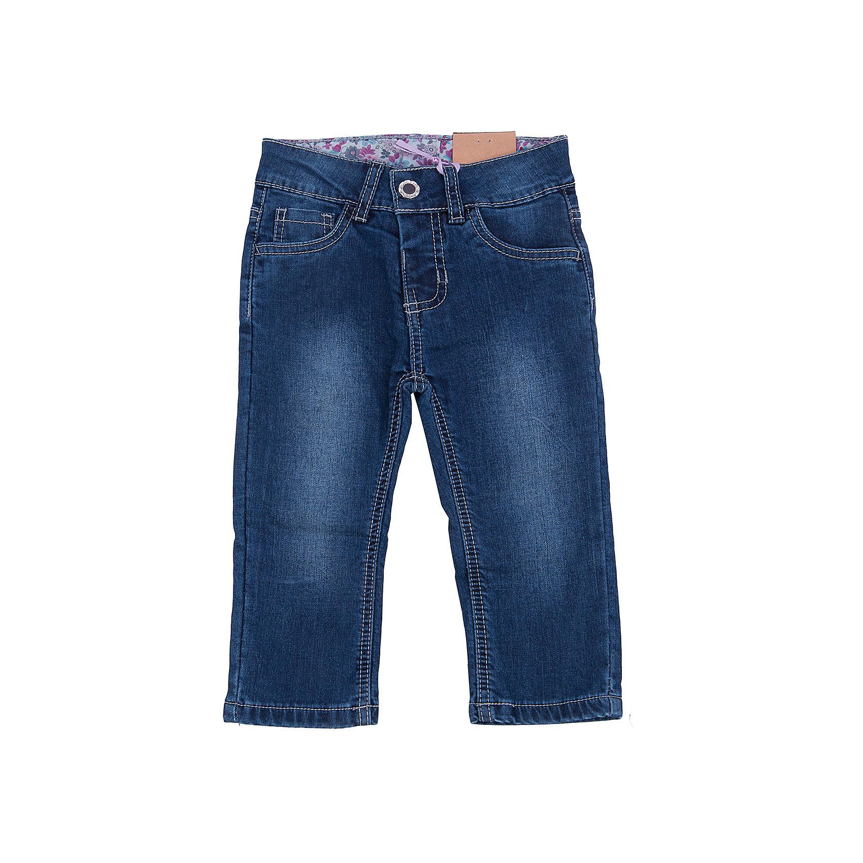 Джинсы для девочки Sweet BerryТакая модель джинсов для девочки отличается модным дизайном с контрастной прострочкой и потертостями. Удачный крой обеспечит ребенку комфорт и тепло. Мягкая и теплая подкладка делает вещь идеальной для прохладной погоды. Она плотно прилегает к телу там, где нужно, и отлично сидит по фигуре. Джинсы имеют удобный пояс с регулировкой внутри. Натуральный хлопок обеспечит коже возможность дышать и не вызовет аллергии.<br>Одежда от бренда Sweet Berry - это простой и выгодный способ одеть ребенка удобно и стильно. Всё изделия тщательно проработаны: швы - прочные, материал - качественный, фурнитура - подобранная специально для детей. <br><br>Дополнительная информация:<br><br>цвет: синий;<br>имитация потертостей;<br>материал: 100% хлопок, подкладка - 100% хлопок;<br>пояс с регулировкой внутри.<br><br>Джинсы для девочки от бренда Sweet Berry можно купить в нашем интернет-магазине.<br><br>Ширина мм: 215<br>Глубина мм: 88<br>Высота мм: 191<br>Вес г: 336<br>Цвет: синий<br>Возраст от месяцев: 24<br>Возраст до месяцев: 36<br>Пол: Женский<br>Возраст: Детский<br>Размер: 98,80,86,92<br>SKU: 4931198