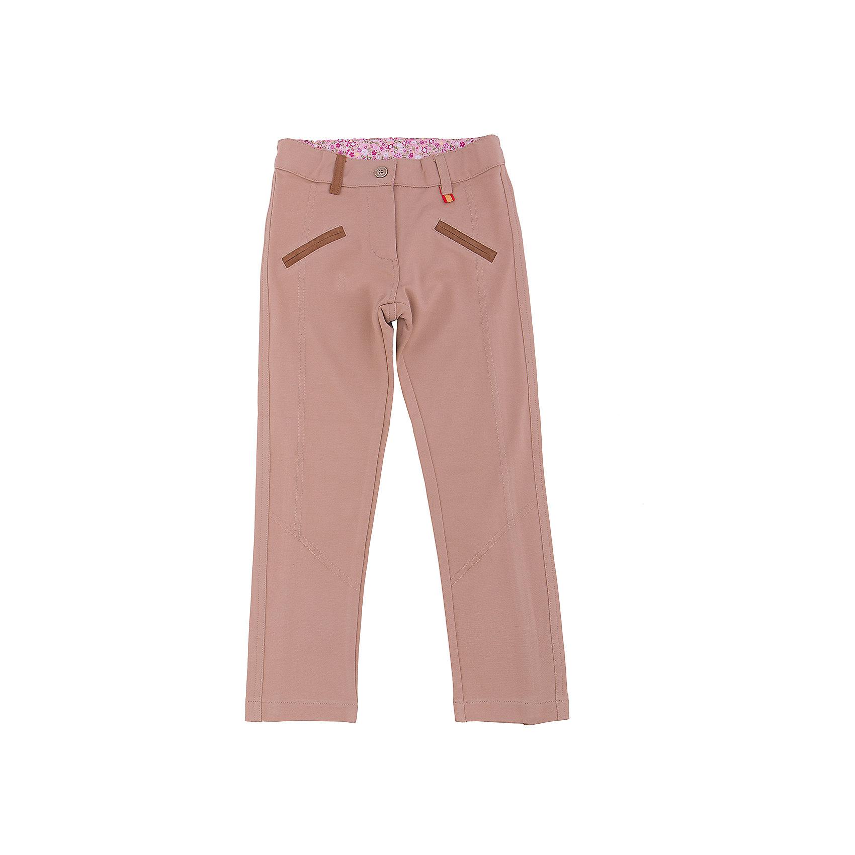 Брюки для девочки Sweet BerryЭта модель брюк отличается модным дизайном и универсальной расцветкой. Удачный крой обеспечит ребенку комфорт и тепло. Плотный материал делает вещь идеальной для прохладной погоды. Она хорошо прилегает к телу там, где нужно, и отлично сидит по фигуре. Натуральный хлопок в составе материала обеспечит коже возможность дышать и не вызовет аллергии. В поясе - мягкая резинка.<br>Одежда от бренда Sweet Berry - это простой и выгодный способ одеть ребенка удобно и стильно. Всё изделия тщательно проработаны: швы - прочные, материал - качественный, фурнитура - подобранная специально для детей.<br><br>Дополнительная информация:<br><br>цвет: бежевый;<br>состав: 95% хлопок, 5% эластан, трикотаж;<br>в поясе - мягкая резинка;<br>декорированы рельефными швами и контрастным кантом под замшу.<br><br>Брюки для девочки от бренда Sweet Berry можно купить в нашем интернет-магазине.<br><br>Ширина мм: 215<br>Глубина мм: 88<br>Высота мм: 191<br>Вес г: 336<br>Цвет: бежевый<br>Возраст от месяцев: 24<br>Возраст до месяцев: 36<br>Пол: Женский<br>Возраст: Детский<br>Размер: 122,128,98,104,110,116<br>SKU: 4931402