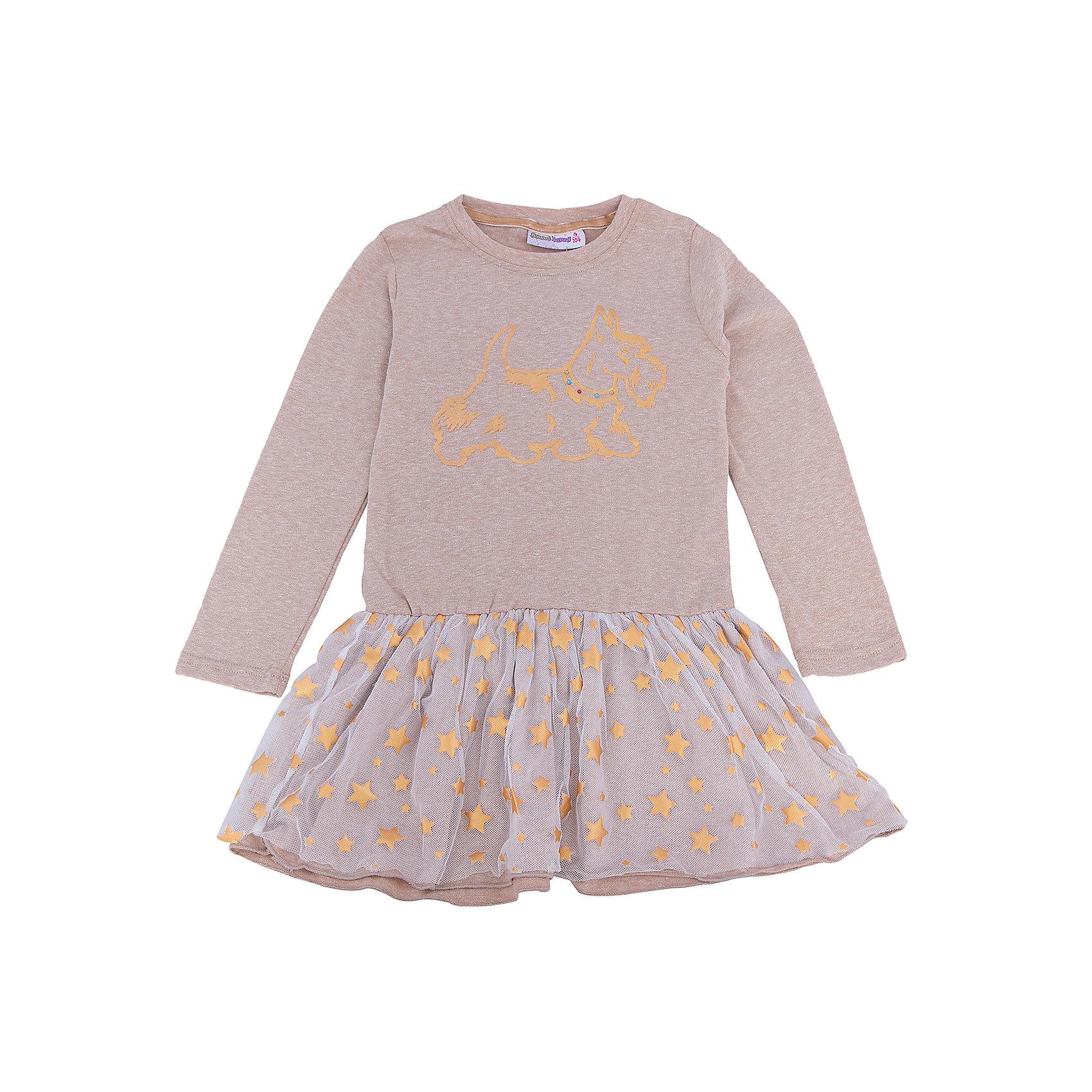 Платье для девочки Sweet BerryПлатья и сарафаны<br>Такое платье отличается модным дизайном с принтом и пышным подолом. Удачный крой обеспечит ребенку комфорт и тепло. Плотный материал делает вещь идеальной для прохладной погоды. Она хорошо прилегает к телу там, где нужно, и отлично сидит по фигуре. Натуральный хлопок всоставе материала обеспечит коже возможность дышать и не вызовет аллергии.<br>Одежда от бренда Sweet Berry - это простой и выгодный способ одеть ребенка удобно и стильно. Всё изделия тщательно проработаны: швы - прочные, материал - качественный, фурнитура - подобранная специально для детей.<br><br>Дополнительная информация:<br><br>цвет: бежевый;<br>состав: трикотаж -75% хлопок, 20% вискоза, 5% эластан;<br>декорировано принтом и юбкой из сетки с золотыми звездами.<br><br>Платье для девочки от бренда Sweet Berry можно купить в нашем интернет-магазине.<br><br>Ширина мм: 236<br>Глубина мм: 16<br>Высота мм: 184<br>Вес г: 177<br>Цвет: бежевый<br>Возраст от месяцев: 72<br>Возраст до месяцев: 84<br>Пол: Женский<br>Возраст: Детский<br>Размер: 122,98,104,110,116,128<br>SKU: 4931497