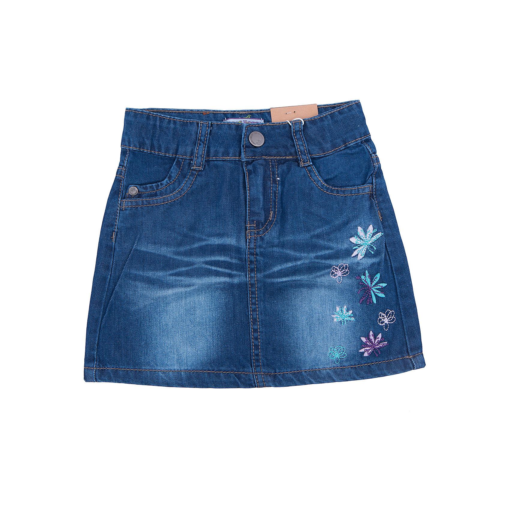 Юбка джинсовая для девочки Sweet BerryДжинсовая одежда<br>Джинсовый материал уже далеко не один сезон уверенно держится на модных мировых подиумах. Джинсовая юбка – практичная и удобная вещь для девочек. В ней можно пойти в школу, в гости и на прогулку. Универсальный силуэт прямого кроя позволит создать множество стильных образов в прохладное время года. Потертости добавляют ткани шарма, а оригинальная вышивка на боку юбки – уникальности и необычности вещи. Материалы, использованные при изготовлении одежды, полностью безопасны для детей и отвечают всем требованиям по качеству продукции данной категории.<br><br>Дополнительная информация: <br><br>декорирована вышивкой;<br>прямой силуэт;<br>цвет: синий;<br>материал: натуральный хлопок 100%.<br><br>Юбку для девочки от компании Sweet Berry можно приобрести в нашем магазине.<br><br>Ширина мм: 207<br>Глубина мм: 10<br>Высота мм: 189<br>Вес г: 183<br>Цвет: синий<br>Возраст от месяцев: 24<br>Возраст до месяцев: 36<br>Пол: Женский<br>Возраст: Детский<br>Размер: 98,122,128,104,110,116<br>SKU: 4931729