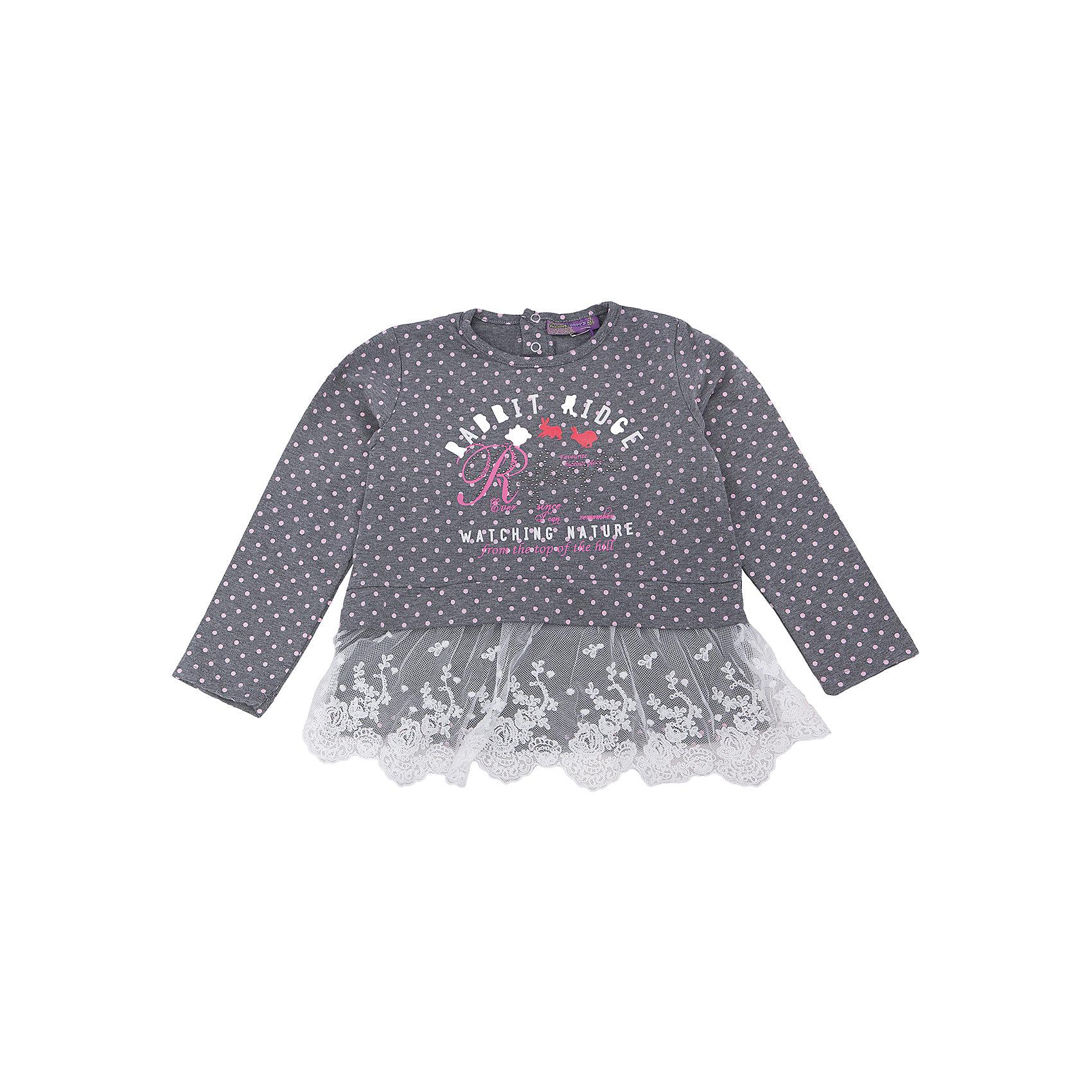 Футболка с длинным рукавом для девочки Sweet BerryФутболки с длинным рукавом<br>Комфорт и стиль – две главные составляющие детской одежды. Футболка с длинным рукавом – модная вещь, которая способна одновременно создать стильный образ и защитить от осенних холодов маленького ребенка. Уникальная особенность модели – интересная отделка кружевом контрастного цвета по низу футболки. С ним кофта выглядит нарядно и совсем не скучно. Универсальный крой поможет создать множество образов. Материалы, использованные при изготовлении одежды, полностью безопасны для детей и отвечают всем требованиям по качеству продукции данной категории.<br><br>Дополнительная информация:<br><br>модный принт;<br>кружевная отделка;<br>прямой силуэт;<br>цвет: темно-серый;<br>материал: хлопок 95%, эластан 5%.<br><br>Футболку с длинным рукавом для девочки от компании Sweet Berry можно приобрести в нашем магазине.<br><br>Ширина мм: 230<br>Глубина мм: 40<br>Высота мм: 220<br>Вес г: 250<br>Цвет: серый<br>Возраст от месяцев: 48<br>Возраст до месяцев: 60<br>Пол: Женский<br>Возраст: Детский<br>Размер: 104,116,122,128,110,98<br>SKU: 4931890