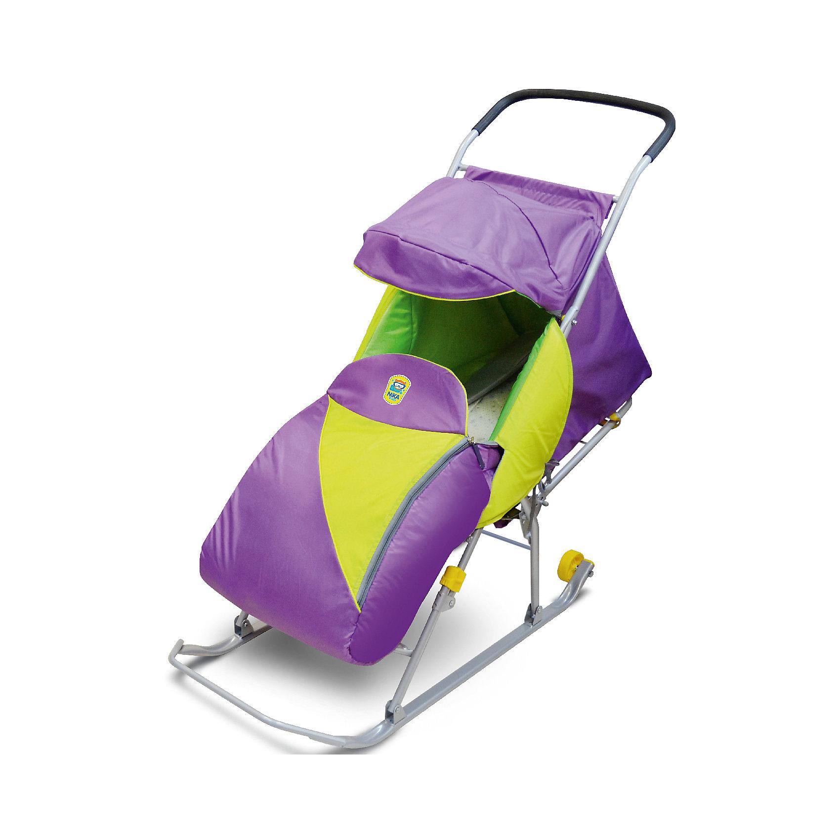 Санки-коляска Тимка Премиум, лавандаСанки-коляска Тимка Премиум, лаванда – незаменимая вещь для снежной зимы.<br>Удобные и полностью безопасные санки оснащены трехточечным ремнем безопасности, не позволяющим ребенку упасть при езде и получить травму. Спинка регулируется в три положения: сидя, полулежа и лежа. Усиленный складной каркас и плоские полозья 30 мм с обрезиненными колесами позволяют санкам ехать как по очень снежной тропе, так и по тропе с минимальным количеством снега одинаково хорошо. Козырек с двумя секциями защищает от дождя и снега и при желании складывается. Для того чтобы ноги малыша были в тепле, есть чехол для ног на молнии. Для полной безопасности санки оснащены светоотражающим кантом.<br><br>Дополнительная информация:<br><br>- размер в разложенном виде 1080х416х970мм<br>- размер в сложенном виде 1100х416х200мм<br>- вес изделия 5,9кг<br>- материал: металл, полиэстер<br><br>Санки-коляску Тимка Премиум, лаванда можно купить в нашем интернет-магазине.<br><br>Ширина мм: 1110<br>Глубина мм: 416<br>Высота мм: 200<br>Вес г: 5900<br>Возраст от месяцев: 12<br>Возраст до месяцев: 48<br>Пол: Унисекс<br>Возраст: Детский<br>SKU: 4937461
