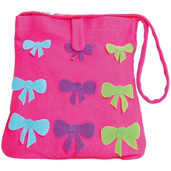 Стигис-аппликация Сумка детская, розоваяШитьё<br>Если девочка давно мечтает о красивой сумке с оригинальной аппликацией, то ей обязательно понравится набор для стигис-аппликации на сумке. Ребенок сможет самостоятельно придумать дизайн и воссоздать его на сумочке при помощи ткани с термоклеевым слоем. Достаточно вырезать нужные элементы, выложить их на сумку и прогладить утюгом - красивая и практичная сумочка готова! В случае ошибки ткань можно снова прогладить утюгом, и она отклеится. Такой вид детского творчество хорошо развивает аккуратность, воображение и дизайнерские способности. Отличный подарок для юных рукодельниц!<br><br>Дополнительная информация: <br>В комплекте: сумка, кусочки stigis-ткани, выкройки, инструкция<br>Цвет: розовый<br>Размер: 3,5х27х20 см<br>Вес: 110 грамм<br>Набор для стигис-аппликации можно купить в нашем интернет-магазине.<br>Ширина мм: 200; Глубина мм: 270; Высота мм: 35; Вес г: 110; Возраст от месяцев: 60; Возраст до месяцев: 120; Пол: Унисекс; Возраст: Детский; SKU: 4939422;