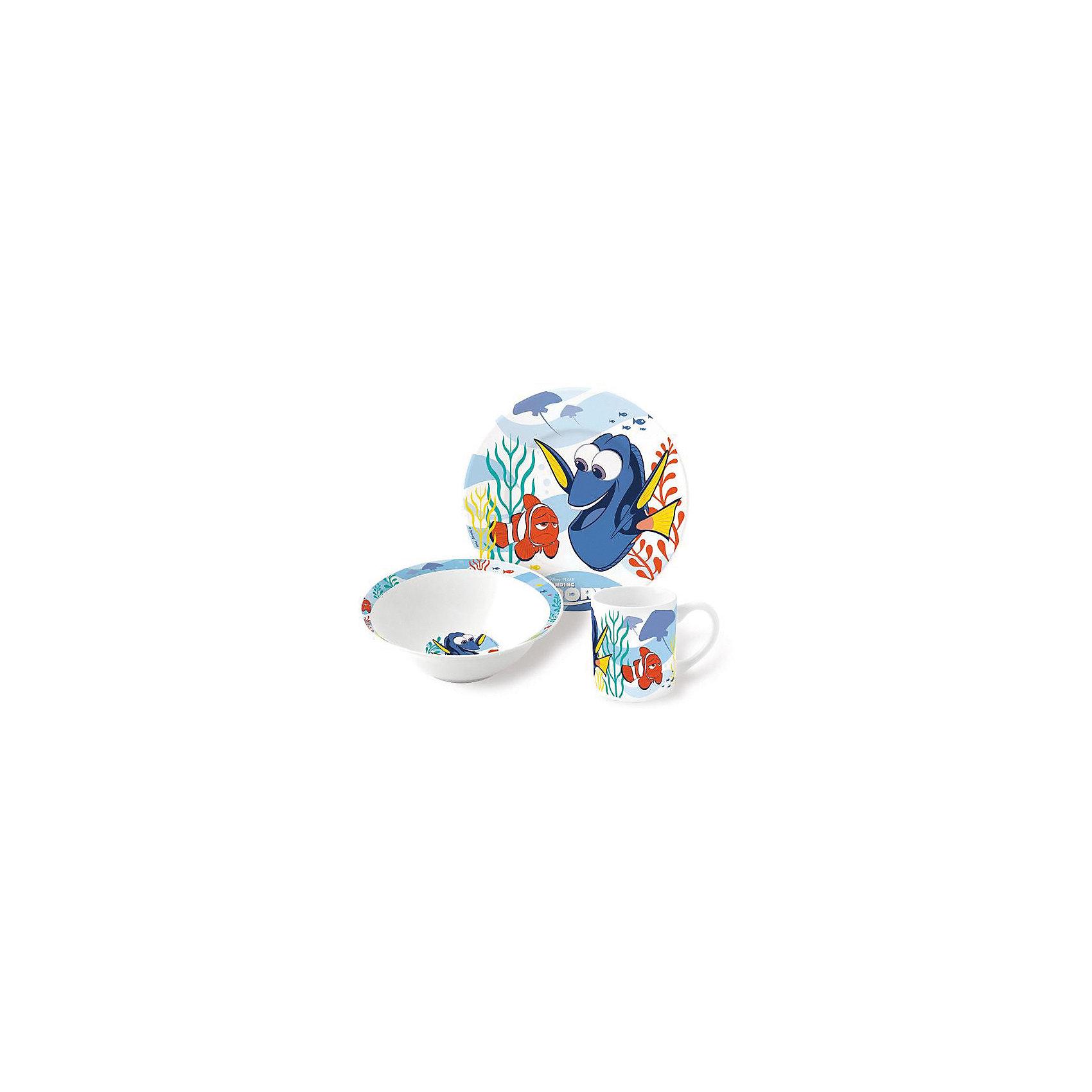 Набор керамической посуды В поисках Дори (3 предмета)Набор керамической посуды В поисках Дори (3 предмета) – прием пищи с любимыми героями.<br>Красочный набор посуды с известными героями понравится ребенку с первого взгляда. Сервиз сделан из крепкой керамики, поэтому он безопасен для детей. Его можно мыть в посудомоечной машине или разогревать в микроволновке. Состоит набор из двух тарелок (для супа и второго) и объемной кружки. Подойдет для подарка, благодаря красивому оформлению. <br><br><br>Дополнительно:<br><br>- размер: тарелка – 19см, суповая тарелка – 18см, кружка – 210мл<br>- материал: керамика<br>- возраст: от 3 лет<br><br>Набор керамической посуды В поисках Дори (3 предмета) можно купить в нашем интернет магазине.<br><br>Ширина мм: 250<br>Глубина мм: 85<br>Высота мм: 200<br>Вес г: 973<br>Возраст от месяцев: 36<br>Возраст до месяцев: 120<br>Пол: Унисекс<br>Возраст: Детский<br>SKU: 4940679