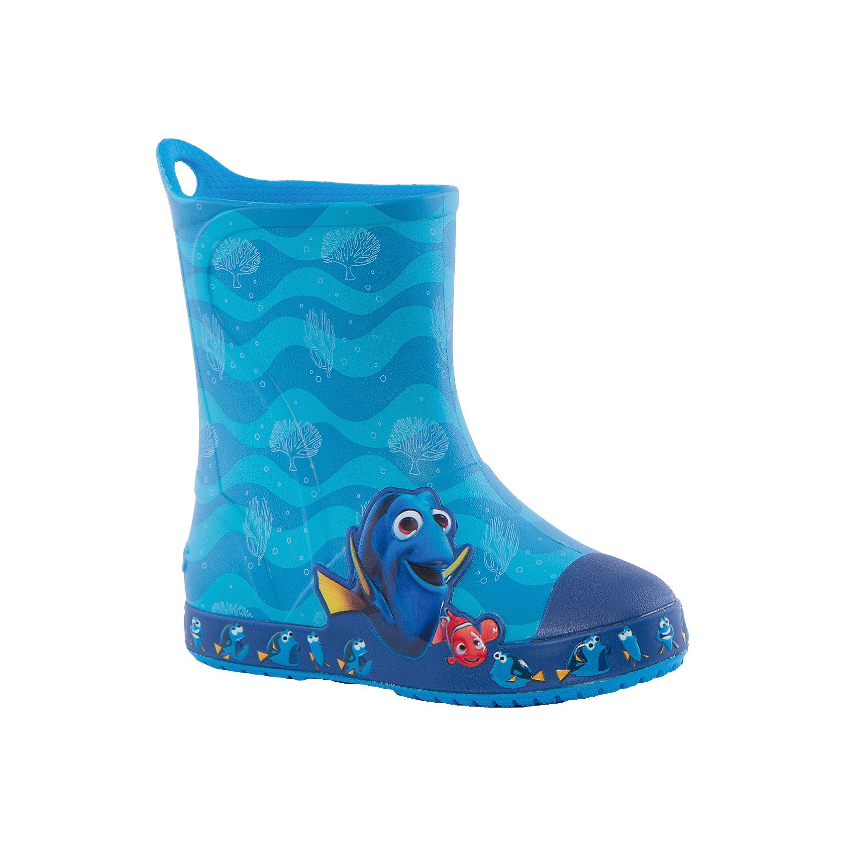 Резиновые сапоги Bump It Finding Dory Boot Crocs, голубойРезиновые сапоги<br>Характеристики товара:<br><br>• цвет: голубой<br>• принт: Дори, В поисках Немо<br>• сезон: демисезон, лето<br>• материал: 100% полимер Croslite™<br>• непромокаемые<br>• температурный режим: от 0° до +20° С<br>• легко очищаются<br>• антискользящая подошва<br>• язычок для удобного надевания<br>• толстая устойчивая подошва<br>• страна бренда: США<br>• страна изготовитель: Китай<br><br>Сапоги могут быть и стильными, и непромокаемыми! <br><br>Для детской обуви крайне важно, чтобы она была удобной. <br><br>Такие сапоги обеспечивают детям необходимый комфорт, а надежный материал не пропускает внутрь воду. <br><br>Сапоги легко надеваются и снимаются, отлично сидят на ноге. <br><br>Материал, из которого они сделаны, не дает размножаться бактериям, поэтому такая обувь препятствует образованию неприятного запаха и появлению болезней стоп. <br><br>Данная модель особенно понравится детям - ведь в них можно бегать по лужам!<br><br>Резиновые сапоги Bump It Finding Dory Boot Crocs от торговой марки Crocs можно купить в нашем интернет-магазине.<br><br>Ширина мм: 237<br>Глубина мм: 180<br>Высота мм: 152<br>Вес г: 438<br>Цвет: синий<br>Возраст от месяцев: 132<br>Возраст до месяцев: 144<br>Пол: Унисекс<br>Возраст: Детский<br>Размер: 34/35,27,28,29,30,23,24,25,26,31,33,34,31/32,33/34<br>SKU: 4940805