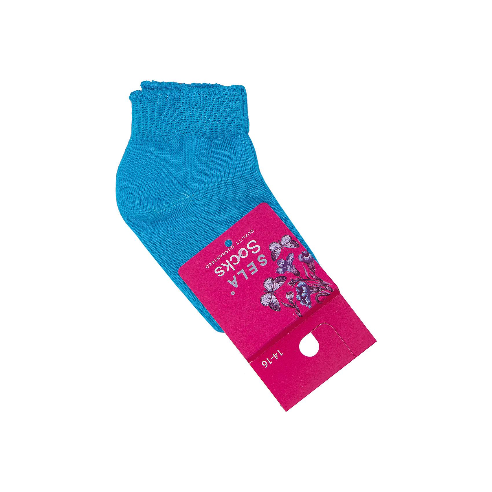 Носки для девочки SELAНоски<br>Удобные носки - неотъемлемая составляющая комфорта ребенка. Эта модель отлично сидит на девочке, она сшита из приятного на ощупь материала, мягкая и дышащая. Натуральный хлопок в составе ткани не вызывает аллергии и обеспечивает ребенку комфорт. Мягкая резинка не сдавливает ногу.<br>Одежда от бренда Sela (Села) - это качество по приемлемым ценам. Многие российские родители уже оценили преимущества продукции этой компании и всё чаще приобретают одежду и аксессуары Sela.<br><br>Дополнительная информация:<br><br>цвет: зеленый;<br>материал: 75% хлопок, 20% ПЭ, 5% эластан;<br>мягкая резинка;<br>трикотаж.<br><br>Носки для девочки от бренда Sela можно купить в нашем интернет-магазине.<br><br>Ширина мм: 87<br>Глубина мм: 10<br>Высота мм: 105<br>Вес г: 115<br>Цвет: зеленый<br>Возраст от месяцев: 72<br>Возраст до месяцев: 84<br>Пол: Женский<br>Возраст: Детский<br>Размер: 28-30,22-25,25-27,27/28<br>SKU: 4943943