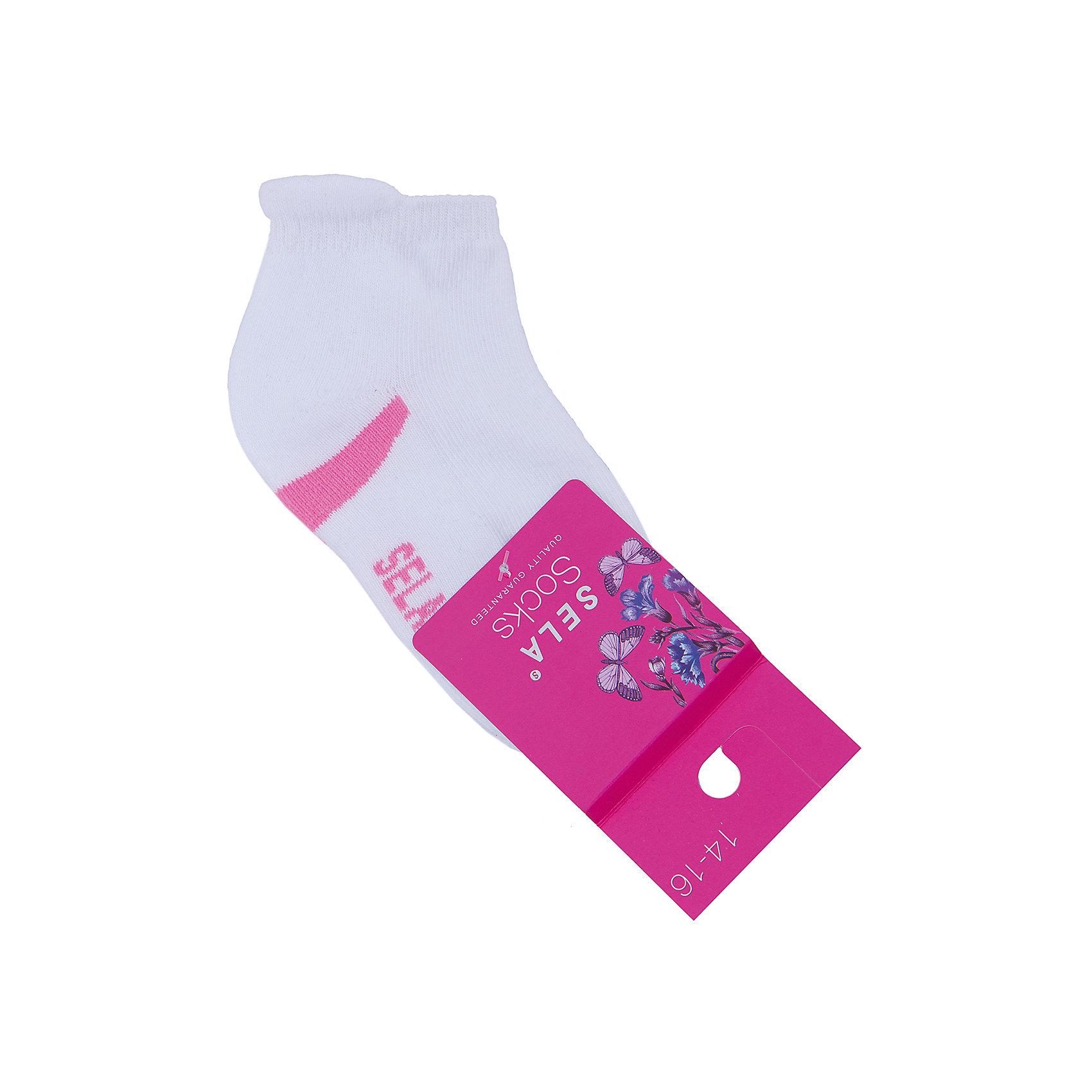 Носки для девочки SELAНоски<br>Удобные носки - неотъемлемая составляющая комфорта ребенка. Эта модель отлично сидит на девочке, она сшита из приятного на ощупь материала, мягкая и дышащая. Натуральный хлопок в составе ткани не вызывает аллергии и обеспечивает ребенку комфорт. Мягкая резинка не сдавливает ногу.<br>Одежда от бренда Sela (Села) - это качество по приемлемым ценам. Многие российские родители уже оценили преимущества продукции этой компании и всё чаще приобретают одежду и аксессуары Sela.<br><br>Дополнительная информация:<br><br>цвет: белый;<br>материал: 75% хлопок, 20% ПЭ, 5% эластан;<br>мягкая резинка;<br>трикотаж.<br><br>Носки для девочки от бренда Sela можно купить в нашем интернет-магазине.<br><br>Ширина мм: 87<br>Глубина мм: 10<br>Высота мм: 105<br>Вес г: 115<br>Цвет: белый<br>Возраст от месяцев: 48<br>Возраст до месяцев: 60<br>Пол: Женский<br>Возраст: Детский<br>Размер: 27/28,28-30,22-25,25-27<br>SKU: 4943953