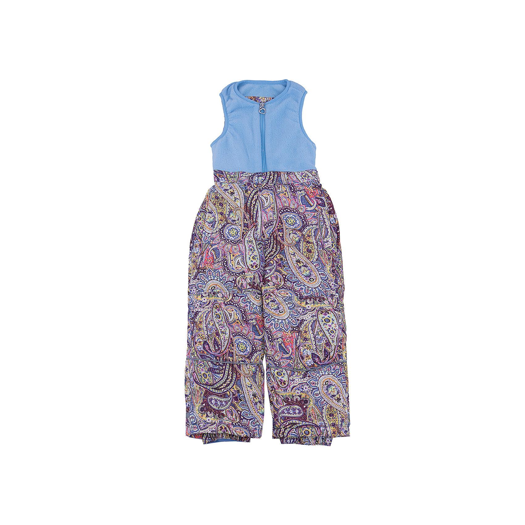 Комбинезон для девочки SELAВерхняя одежда<br>Утепленный комбинезон - незаменимая вещь для детей в прохладное время года. Эта модель отлично сидит на ребенке, она сшита из плотного материала, позволяет заниматься спортом на свежем воздухе зимой. Мягкая подкладка не вызывает аллергии и обеспечивает ребенку комфорт. Модель станет отличной базовой вещью, которая будет уместна в различных сочетаниях.<br>Одежда от бренда Sela (Села) - это качество по приемлемым ценам. Многие российские родители уже оценили преимущества продукции этой компании и всё чаще приобретают одежду и аксессуары Sela.<br><br>Дополнительная информация:<br><br>цвет: голубой;<br>материал: верх - 100% ПЭ, утеплитель - 100% ПЭ, подкладка - 100% ПЭ;<br>светоотражающие детали;<br>застежка - молния.<br><br>Комбинезон для девочки от бренда Sela можно купить в нашем интернет-магазине.<br><br>Ширина мм: 356<br>Глубина мм: 10<br>Высота мм: 245<br>Вес г: 519<br>Цвет: голубой<br>Возраст от месяцев: 24<br>Возраст до месяцев: 36<br>Пол: Женский<br>Возраст: Детский<br>Размер: 98,116,104,110<br>SKU: 4944014