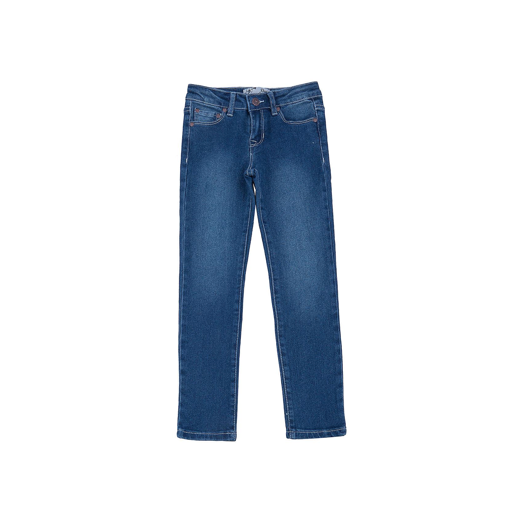 Джинсы для девочки SELAДжинсовая одежда<br>Классические джинсы - незаменимая вещь в детском гардеробе. Эта модель отлично сидит на ребенке, она сшита из плотного материала, натуральный хлопок не вызывает аллергии и обеспечивает ребенку комфорт. Модель станет отличной базовой вещью, которая будет уместна в различных сочетаниях.<br>Одежда от бренда Sela (Села) - это качество по приемлемым ценам. Многие российские родители уже оценили преимущества продукции этой компании и всё чаще приобретают одежду и аксессуары Sela.<br><br>Дополнительная информация:<br><br>цвет: синий;<br>материал: 65% хлопок, 33% ПЭ, 2% эластан;<br>плотный материал;<br>классический силуэт.<br><br>Джинсы для девочки от бренда Sela можно купить в нашем интернет-магазине.<br><br>Ширина мм: 215<br>Глубина мм: 88<br>Высота мм: 191<br>Вес г: 336<br>Цвет: голубой<br>Возраст от месяцев: 84<br>Возраст до месяцев: 96<br>Пол: Женский<br>Возраст: Детский<br>Размер: 128,122,134,140,146,152,116<br>SKU: 4944030