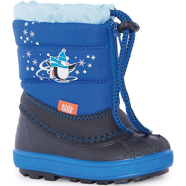 Сноубутсы для мальчика DemarСноубутсы<br>Характеристики товара:<br><br>• цвет: синий;<br>• материал верха: полиэстер;<br>• внутренний материал: овечья шерсть;<br>• подошва: ТЭП;<br>• сезон: зима;<br>• температурный режим: от 0 до -20 ° C;<br>• нескользящая подошва;<br>• страна бренда: Польша;<br>• страна изготовитель: Польша.<br><br>Внимание: в размерах 20/21 - 28/29 рисунок - Пингвинчик; начиная с 30/31 размера - сноубордист.<br><br>Зимние сапоги demar имеют утеплитель внутренней части, изготовлен на основе натуральной овечьей шерсти, помогает выдерживать морозы до - 20 ° C. <br><br>Верх обуви - не продуваемый текстильный материал, имеющий высокие износостойкие и водоотталкивающие свойства. Термокаучук, используется при изготовлении подошвы способствует сохранению эластичности даже при низких температурах и позволяет избежать скольжения. <br><br>Сапоги Demar (Польша) можно купить в нашем интернет-магазине.<br>Ширина мм: 257; Глубина мм: 180; Высота мм: 130; Вес г: 420; Цвет: синий; Возраст от месяцев: 9; Возраст до месяцев: 12; Пол: Мужской; Возраст: Детский; Размер: 20/21,22/23,28/29,26/27,24/25; SKU: 4948780;