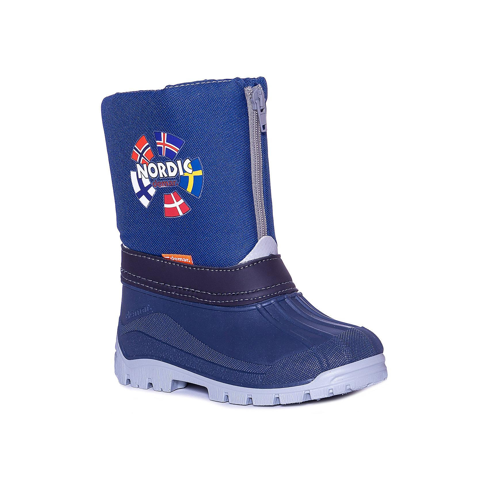 Сапоги для мальчика DEMARСапоги для мальчика DEMAR.<br>Зимняя модель сапог NEW NORDIC - натуральная овечья шерсть. <br>Материал верха: нейлон с грязе- и водо-отталкивающей пропиткой, низ обуви прорезиненный, что обеспечит сухость ножек. <br>Cапоги на молнии, сверху кулиска. <br>Подошва обуви: специальный термокаучук, который имеет уникальные гибкие и эластичные свойства, даже при низкой температуре.<br>Антискользящая подошва из термокаучука.<br>Застежка молния, значительно упрощает и облегчает процесс одевания и снятия обуви. Есть также фиксатор, затянув который, можете быть уверены, что снег не залетит внутрь.<br>Сапоги утепленные натуральной овчьей шерстью, а это гарантия, что ножки Вашего ребенка будут теплые, даже при очень низкой температуре.<br>Сертифицированы, гарантия качества.<br>Идеальный вариант для зимних прогулок, катания на санках.<br>Состав: Материал верха: текстильный материал. Материал подкладки: натуральная шерсть.  Материал подошвы: ТЭП<br><br>Ширина мм: 257<br>Глубина мм: 180<br>Высота мм: 130<br>Вес г: 420<br>Цвет: синий<br>Возраст от месяцев: 60<br>Возраст до месяцев: 72<br>Пол: Мужской<br>Возраст: Детский<br>Размер: 29/30,33/34,31/32,25/26,35/36<br>SKU: 4948815