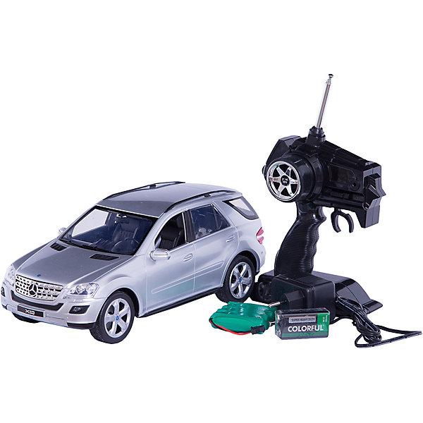 Машина Mercedes-benz ml500, р/у, 1:16, со светом, RASTARРадиоуправляемые машины<br>Машина Mercedes-Benz ml500, р/у, 1:16, со светом, RASTAR , в ассортименте.<br><br>Характеристика:<br><br>• Материал: металл, пластик, резина.  <br>• Размер машинки: 27х10,6х10,5 см.<br>• Масштаб: 1:16.<br>• Комплектация: пульт ДУ, автомобиль. <br>• Звуковые и световые эффекты. <br>• Элемент питания: для машины - 4 АА батарейки; пульт управляения -  9V Крона (не входят в комплект). <br><br>ВНИМАНИЕ! Данный артикул представлен в разных вариантах исполнения. К сожалению, заранее выбрать определенный вариант невозможно. При заказе нескольких игрушек возможно получение одинаковых.<br><br>Роскошный автомобиль на радиоуправлении приведет в восторг любого мальчишку! Кузов машины прекрасно детализирован и реалистично раскрашен. Модель может перемещаться во всех направлениях, во время движения загораются фары и слышен рев мотора. Отличный подарок для вашего юного гонщика!<br><br>Машину Mercedes-Вenz ml500, р/у, 1:16, со светом, RASTAR , в ассортименте, можно купить в нашем интернет-магазине.<br>Ширина мм: 250; Глубина мм: 200; Высота мм: 400; Вес г: 1770; Возраст от месяцев: 96; Возраст до месяцев: 180; Пол: Мужской; Возраст: Детский; SKU: 4950400;