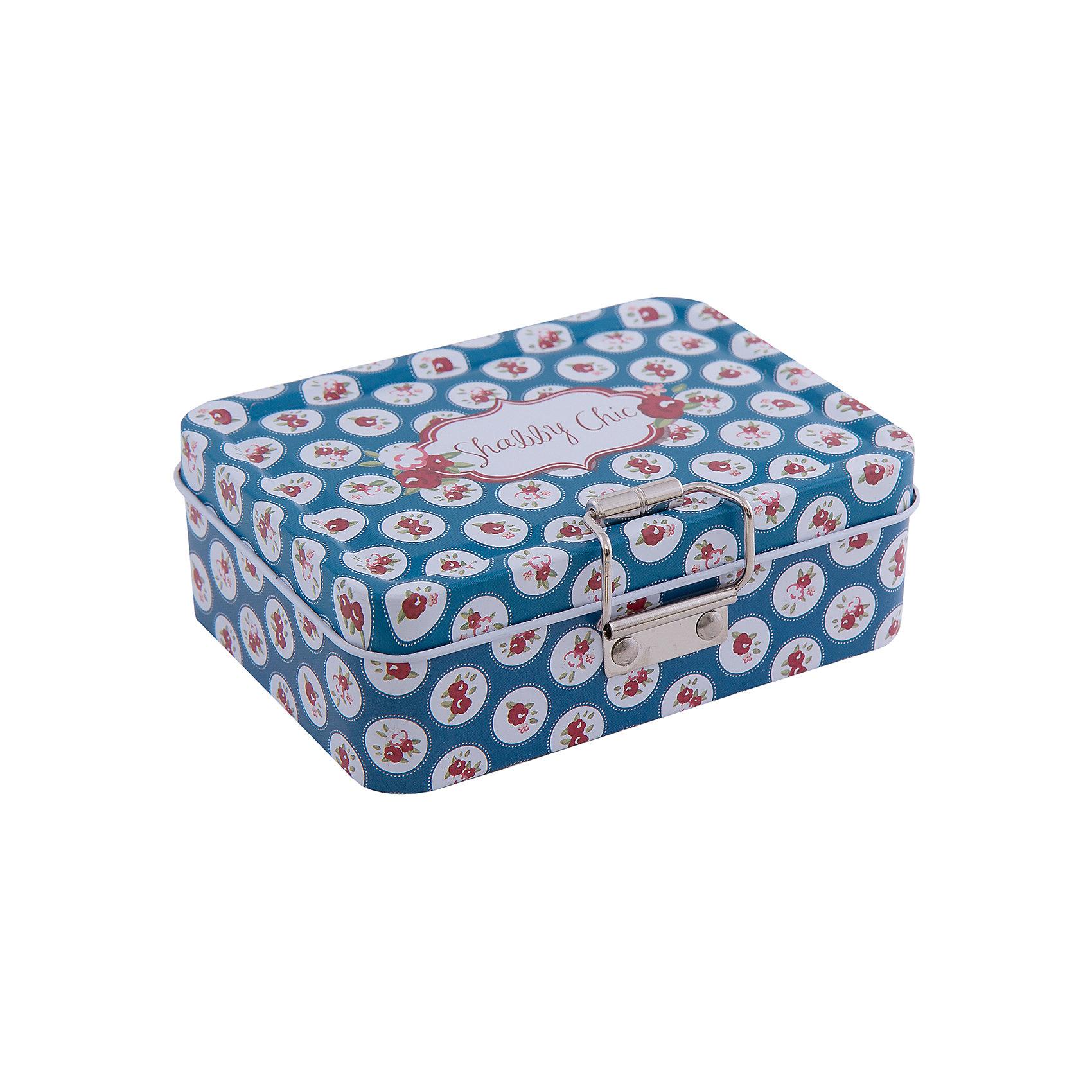 Коробка для безделушек и мелочей Шебби шик синяя (12.5*9*4см)Предметы интерьера<br>Коробка для безделушек и мелочей Шебби шик синяя изготовлена из металла, закрывается крышкой и застежкой, есть съемное отделение. Коробка украшена симпатичным рисунком, достаточно вместительная и отлично подойдет для хранения небольших вещей. Такая коробка приятно дополнит интерьер комнаты или станет восхитительным подарком близкому человеку.<br><br>Дополнительная информация:<br>Дополнительное съемное отделение<br>Материал:  металл<br>Размер: 12,5х9х4 см<br>Коробку для безделушек и мелочей Шебби шик синяя вы можете купить в нашем интернет-магазине.<br><br>Ширина мм: 310<br>Глубина мм: 460<br>Высота мм: 460<br>Вес г: 154<br>Возраст от месяцев: 84<br>Возраст до месяцев: 216<br>Пол: Унисекс<br>Возраст: Детский<br>SKU: 4957960