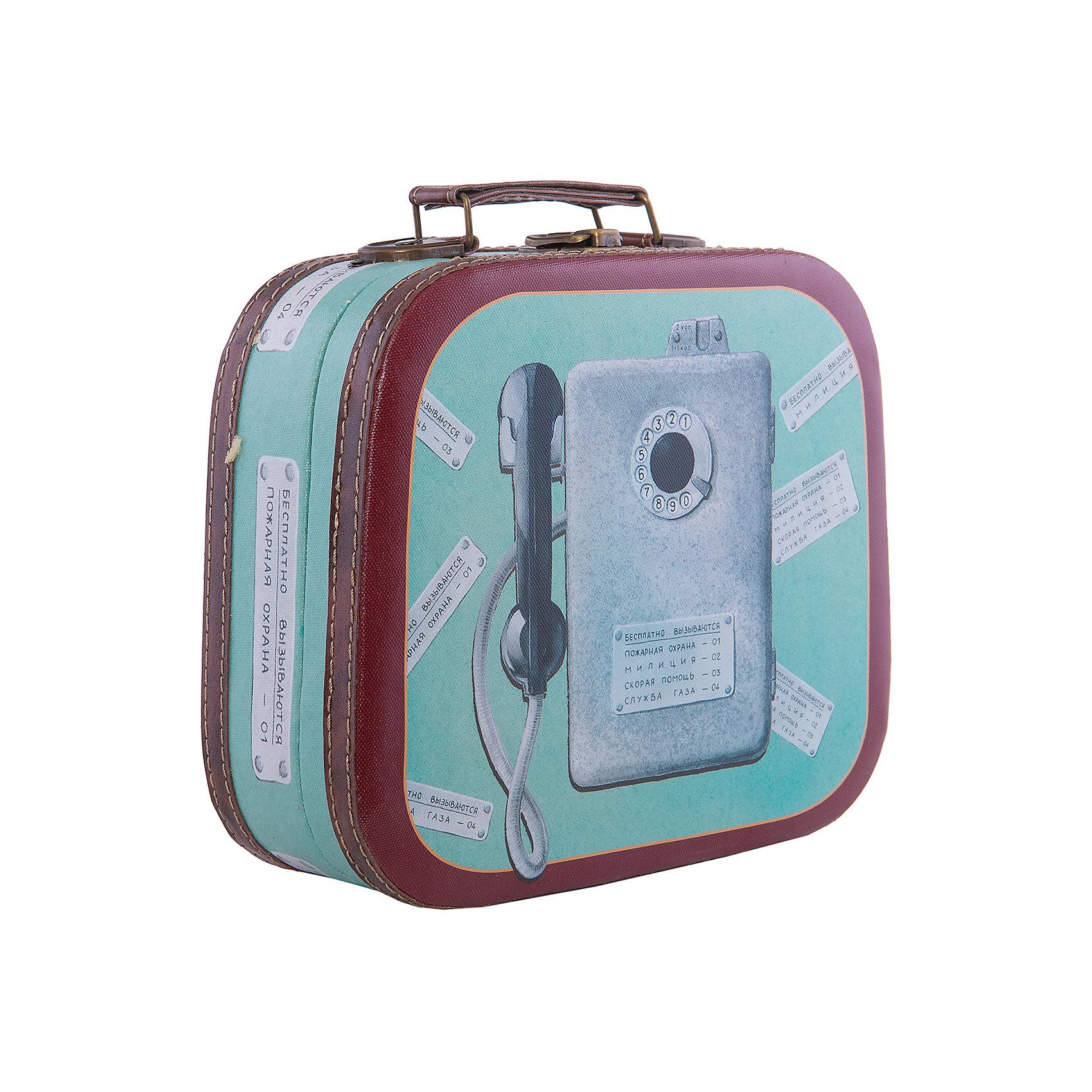 Шкатулка декоративная  ТаксофонДекоративная шкатулка Таксофон изготовлена из материалов высокого качества, выполнена в форме сумочки, имеет удобную ручку и декорирована оригинальным рисунком таксофоном. В этой шкатулке удобно будет хранить самые ценные предметы и различные безделушки.<br><br>Дополнительная информация:<br>Материал: МДФ<br>Размер: 10,5х28,5х25 см<br>Вес: 710 грамм<br>Декоративную шкатулку Таксофон вы можете приобрести в нашем интернет-магазине.<br><br>Ширина мм: 300<br>Глубина мм: 430<br>Высота мм: 490<br>Вес г: 600<br>Возраст от месяцев: 84<br>Возраст до месяцев: 216<br>Пол: Унисекс<br>Возраст: Детский<br>SKU: 4957988