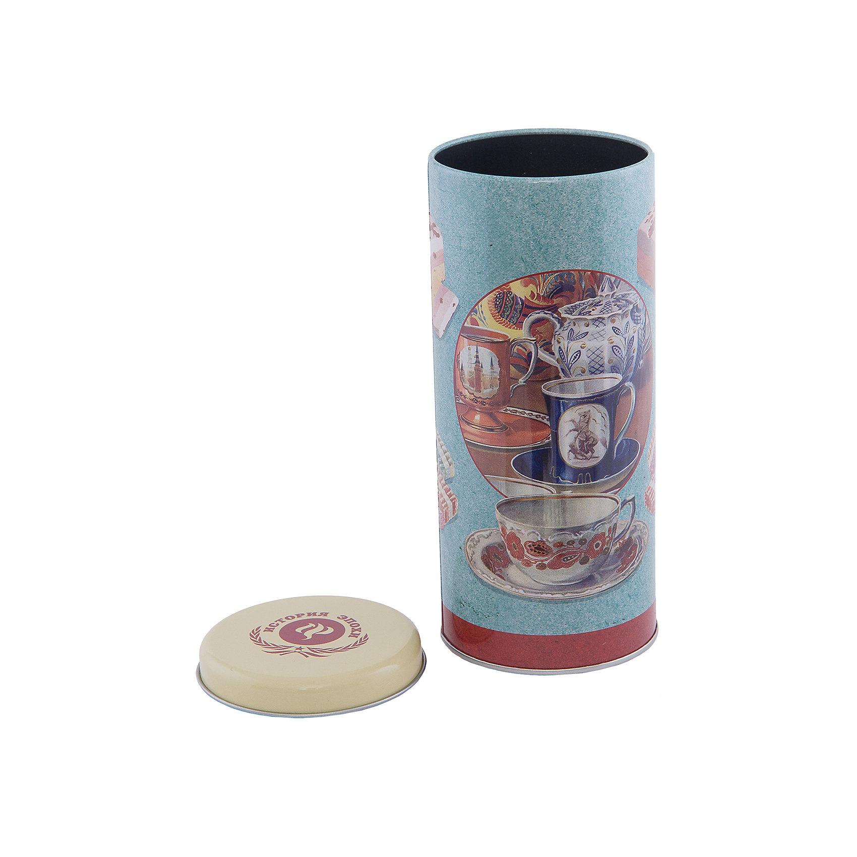 Емкость для сыпучих продуктов Чаепитие 800 млПосуда<br>Емкость для сыпучих продуктов Чаепитие изготовлена из металла и украшена рисунком с изображением печенья. Удобно закрывается крышкой во избежание появления неприятных запахов. В такой емкости удобно хранить чай, крупы, сахар и другие сыпучие предметы. Прекрасно впишется в интерьер кухни!<br><br>Дополнительная информация:<br>Материал: металл<br>Объем: 800 мл<br>Размер: 7,5х7,5х17,5 см<br>Вес: 90 грамм<br><br>Емкость для сыпучих продуктов Чаепитие можно купить в нашем интернет-магазине.<br><br>Ширина мм: 560<br>Глубина мм: 340<br>Высота мм: 480<br>Вес г: 101<br>Возраст от месяцев: 84<br>Возраст до месяцев: 216<br>Пол: Унисекс<br>Возраст: Детский<br>SKU: 4957996