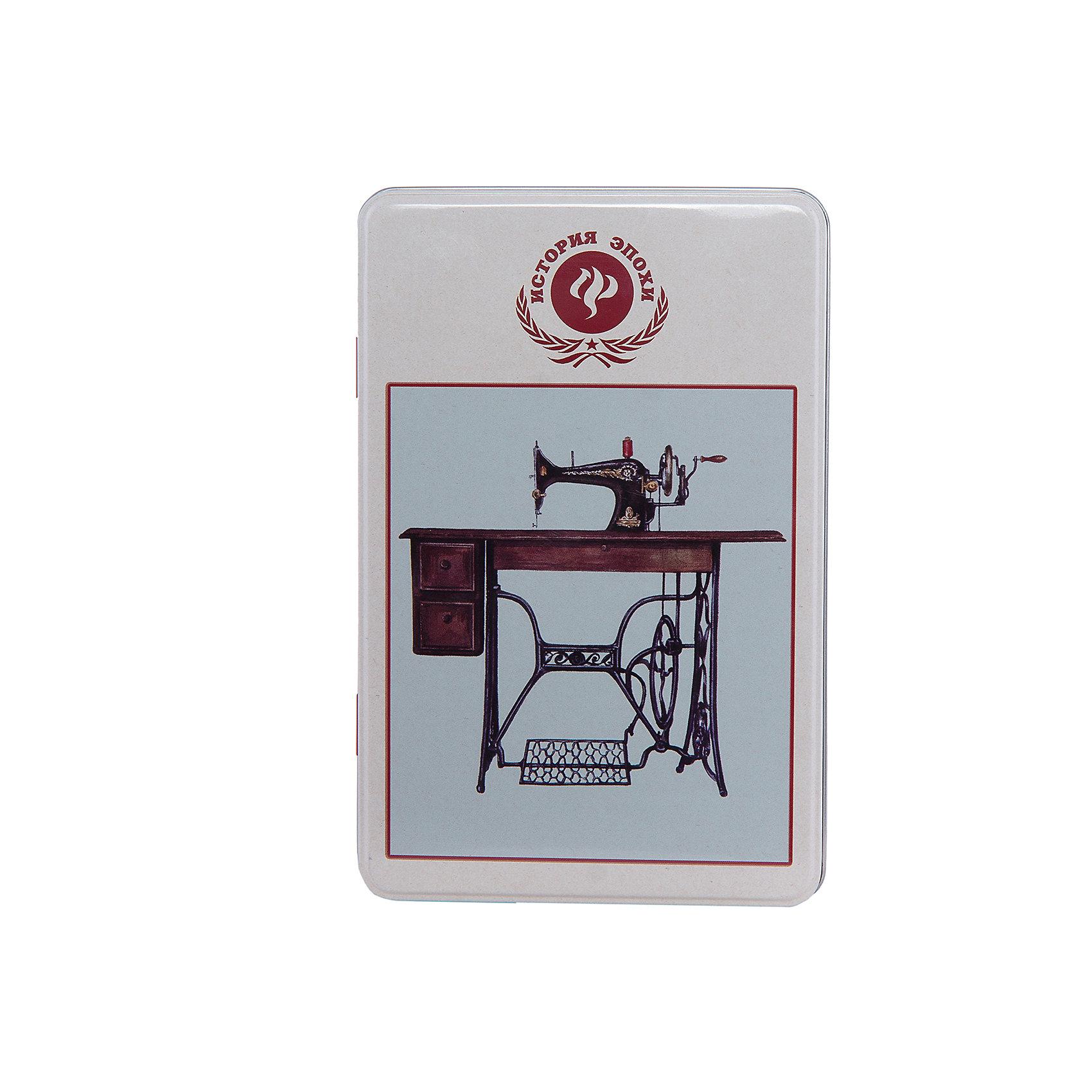 Коробка для бытовых нужд Советская швейная машинка 1700млСоветская швейная машинка - металлическая коробка для бытовых нужд, в которую прекрасно поместятся  небольшие предметы для дома. Коробка закрывается крышкой и декорирована  рисунком с советской швейной машинкой. С такой коробкой приятно будет добавить немного ретро в свой дом.<br><br>Дополнительная информация:<br>Материал: металл<br>Размер: 20х7 см<br>Объем: 1700 мл<br>Коробку для бытовых нужд Советская швейная машинка вы можете приобрести в нашем интернет-магазине.<br><br>Ширина мм: 420<br>Глубина мм: 430<br>Высота мм: 550<br>Вес г: 183<br>Возраст от месяцев: 84<br>Возраст до месяцев: 216<br>Пол: Унисекс<br>Возраст: Детский<br>SKU: 4958001