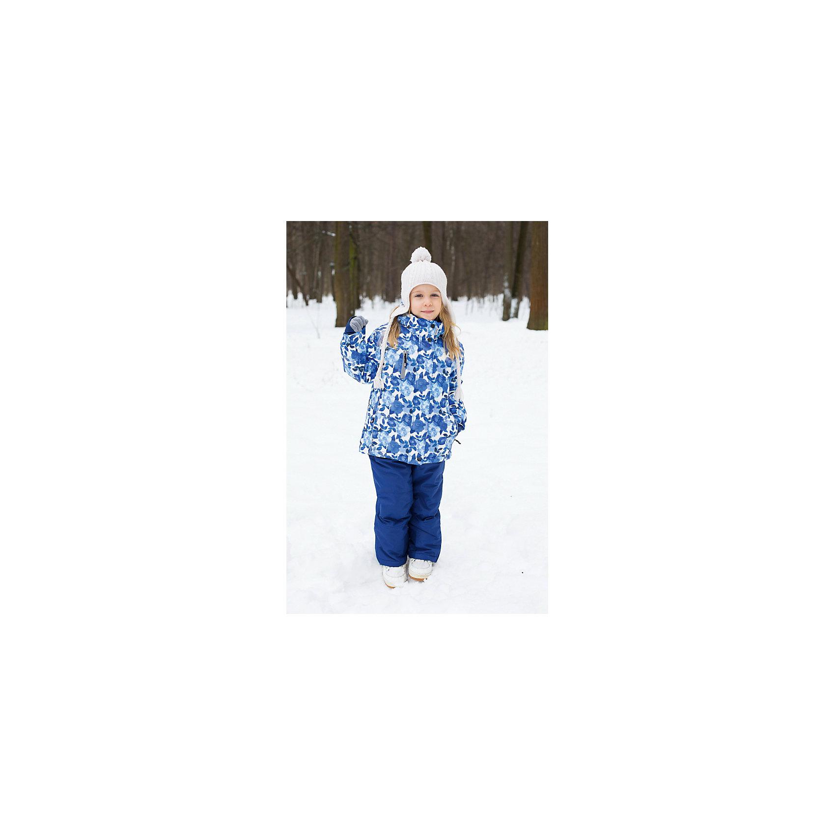 Комплект для девочки: куртка и брюки Sweet BerryВерхняя одежда<br>Комплект для девочки: куртка и брюки от известного бренда Sweet Berry<br>Яркий комплект для девочек из  мембранной, водонепроницаемой (Waterproof - 10000мм), дышащей ( water vapor transmission rate, WVTR -10000гг)  ткани, с грязеотталкивающей пропиткой.   Съемный капюшон на молнии регулируется резинкой со стоппером. Внутренняя часть низа брюк выполнена из усиленной ткани.  Рукава с дополнительной манжетой с вырезом для пальца. Отделка светоотражающим кантом. Две ветрозащитные планки. Внутри подкладка флис,  внутренний карман и снегозащитная юбка. Брюки на регулируемых лямках из эластичной резинки. Внизу штанин имеются внутренние манжеты  на прорезиненной эластичной резинке.  Утеплитель 200гр.-тело, 180гр.-рукава, полукомбинезон.<br>Состав:<br>Верх: куртка: 100%полиэстер, брюки: 100%полиэстер.  Подкладка: 100%полиэстер. Наполнитель: 100%полиэстер<br><br>Ширина мм: 215<br>Глубина мм: 88<br>Высота мм: 191<br>Вес г: 336<br>Цвет: синий<br>Возраст от месяцев: 48<br>Возраст до месяцев: 60<br>Пол: Женский<br>Возраст: Детский<br>Размер: 110,104,116,122,128,134,92,98<br>SKU: 4960094