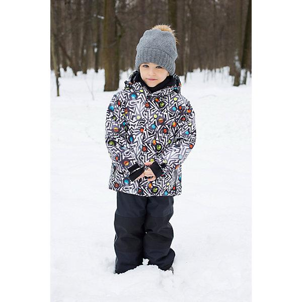 Комплект для мальчика: куртка и полукомбинезон Sweet BerryКомплекты<br>Комплект для мальчика: куртка и полукомбинезон от известного бренда Sweet Berry<br>Яркий комбинезон для мальчиков из  мембранной, водонепроницаемой (Waterproof - 10000мм), дышащей ( water vapor transmission rate, WVTR -10000гг)  ткани, с грязеотталкивающей пропиткой.  Съемный капюшон на молнии регулируется резинкой со стоппером.  Внутренняя часть низа брюк, коленей и верхняя задняя половинка брюк выполнены из усиленной ткани. Рукава с дополнительной манжетой с вырезом для пальца. Вставки из свето-отражающих кантов. Две ветрозащитные планки. Внутри подкладка из флиса,  внутренний карман и снегозащитная юбка.полукомбинезон на регулируемых лямках. Внизу штанин имеются внутренние манжеты из подкладки на прорезиненной эластичной резинке и молниями по бокам.  Утеплитель 200гр.-тело, 180гр.-рукава, брюки.<br>Состав:<br>Верх: куртка: 100%полиэстер, полукомбинезон: 100% нейлон.  Подкладка: 100%полиэстер. Наполнитель: 100%полиэстер<br>Ширина мм: 215; Глубина мм: 88; Высота мм: 191; Вес г: 336; Цвет: черный; Возраст от месяцев: 96; Возраст до месяцев: 108; Пол: Мужской; Возраст: Детский; Размер: 134,104,110,116,122,128,92,98; SKU: 4960157;