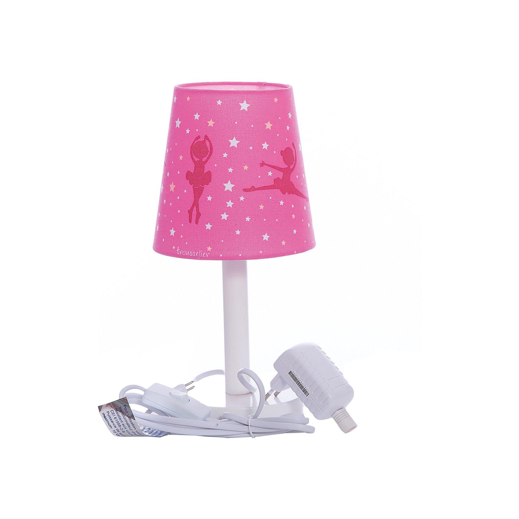 Лампа ночник 30 Cm Ballerina Pink, TrousselierЛампы, ночники, фонарики<br>Ночники помогают создать уют в любом помещении. Для детей это еще и повышение качества сна - с ночником они спят спокойнее, так как вокруг нет пугающей темноты.<br>Этот ночник выглядит очень красиво - на нем симпатичная картинка, красивый абажур. Корпус ночника - прочный, из дерева и металла. Изделие произведено из высококачественных материалов, и соответствует европейским стандартам безопасности.<br><br>Дополнительная информация:<br><br>цвет: белый, розовый;<br>материал: металл, жароустойчивый пластик, дерево;<br>работает от розетки;<br>внутри - лампочка 12 V 20 W;<br>длина шнура: 1,8 метра;<br>размер: 15 х 15 х 30 см.<br><br><br>Лампу ночник 30 Cm Ballerina Pink от французской компании Trousselier можно купить в нашем магазине.<br><br>Ширина мм: 175<br>Глубина мм: 175<br>Высота мм: 260<br>Вес г: 730<br>Возраст от месяцев: 0<br>Возраст до месяцев: 216<br>Пол: Женский<br>Возраст: Детский<br>SKU: 4961822