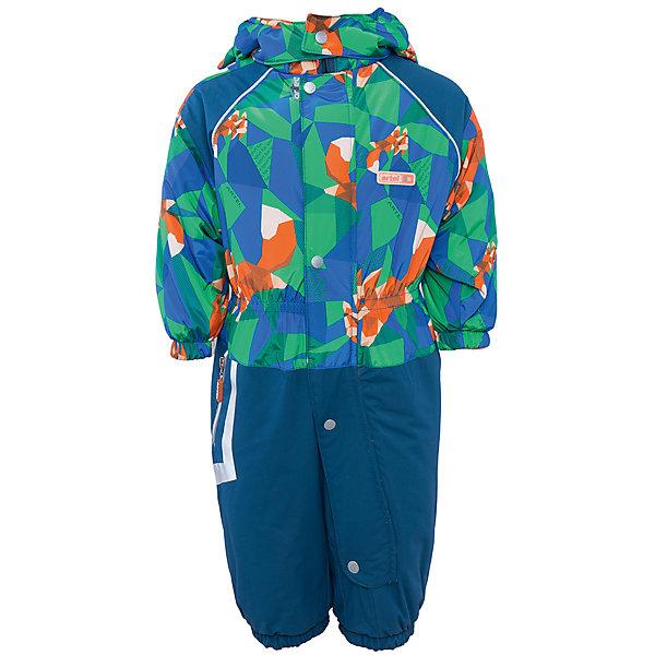 Комбинезон для мальчика АртельВерхняя одежда<br>Комбинезон для мальчика от известного бренда Артель<br>Комбинезон из мембранной ткани на современном утеплителе прекрасно подойдет для прогулок в холодное время года. Верх выполнен из ткани с оригинальным геометрическим принтом , низ - однотонный. Длинная молния по ножке, закрытая ветрозащитной планкой, облегчает одевание. По низу штанишек расположены штрипки, которые фиксируются на сапожках, удерживают штанину от задирания и обеспечивают дополнительную защиту от скольжения. На манжетах с внутренней стороны расположены специальные флисовые вставочки, смягчающие резинку. По талии есть внутренняя резинка, сбоку на штанишках - карман на молнии. Глубокий капюшон на кнопках имеет дополнительную защиту от ветра .<br>Состав:<br>Верх: KB-703, Dobby HiPora<br>Подкладка: интерлок<br>Утеплитель: TermoFinn 200<br><br>Ширина мм: 356<br>Глубина мм: 10<br>Высота мм: 245<br>Вес г: 519<br>Цвет: синий<br>Возраст от месяцев: 6<br>Возраст до месяцев: 9<br>Пол: Мужской<br>Возраст: Детский<br>Размер: 74,86,80<br>SKU: 4963545