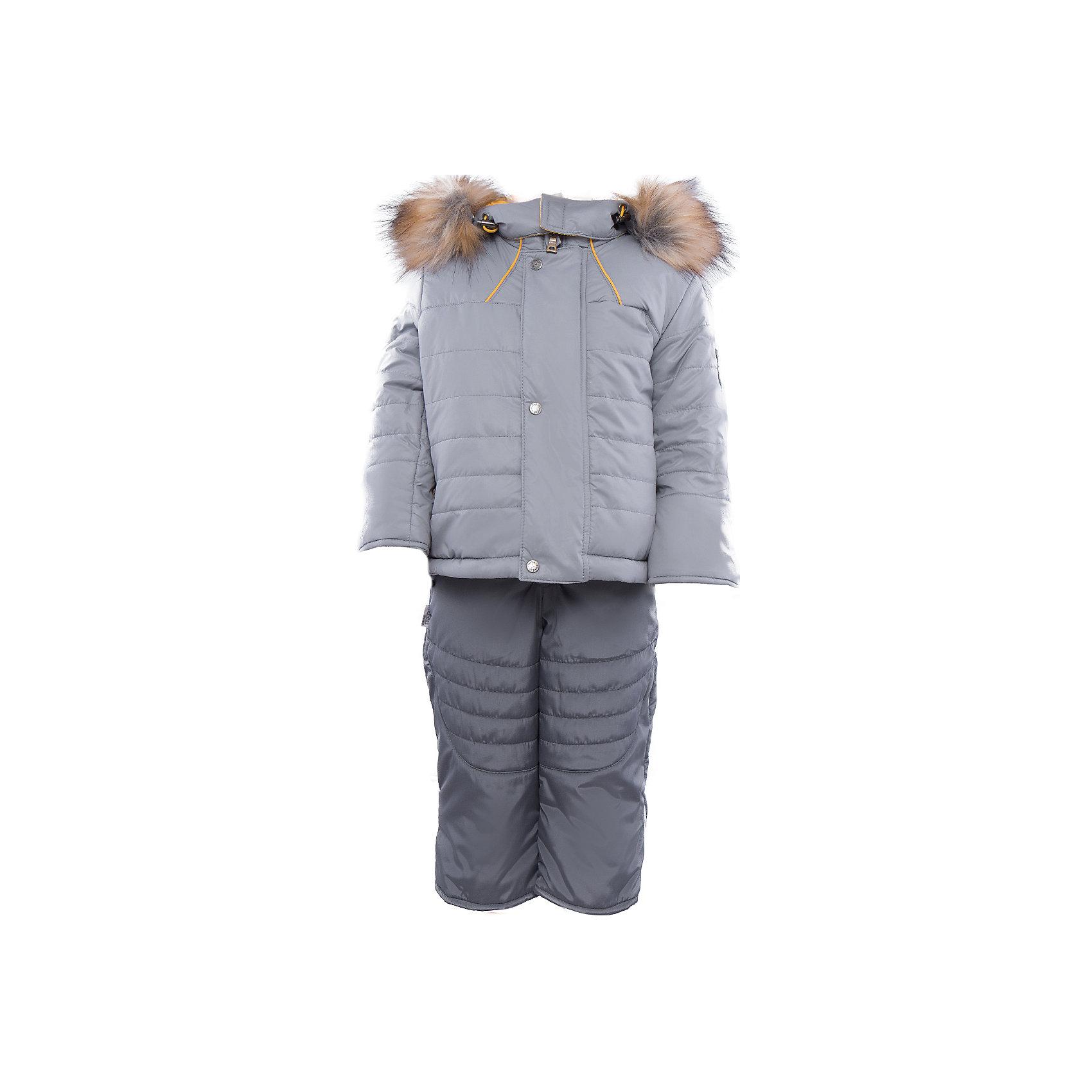 Комплект: куртка и полукомбинезон на овчине для мальчика АртельВерхняя одежда<br>Комплект: куртка и полукомбинезон для мальчика от известного бренда Артель<br>Теплая куртка прямого силуэта с дополнительной меховой подстежкой. Съемный глубокий капюшон на кнопках с искусственным отстегивающемся мехом енота, вязаные манжеты в рукавах и регулируемая кулиска по низу куртки создают дополнительную защиту в холодное время года. Отворотный рукав регулируется по длине, карманы прорезные на молнии. У полукомбинезона регулируется длина бретелек и отворачивается низ штанишек, что позволит индивидуально для каждого ребенка скорректировать посадку изделия. По низу штанины имеется дополнительная защита от снега. <br>Состав:<br>Верх: 819 YSD<br>Подкладка: интерлок<br>Подстежка: овчина<br>Опушка:енот искусственный(отстегивается)<br>Утеплитель: термофайбер 200гр<br><br>Ширина мм: 215<br>Глубина мм: 88<br>Высота мм: 191<br>Вес г: 336<br>Цвет: серый<br>Возраст от месяцев: 12<br>Возраст до месяцев: 15<br>Пол: Мужской<br>Возраст: Детский<br>Размер: 80,92<br>SKU: 4963904