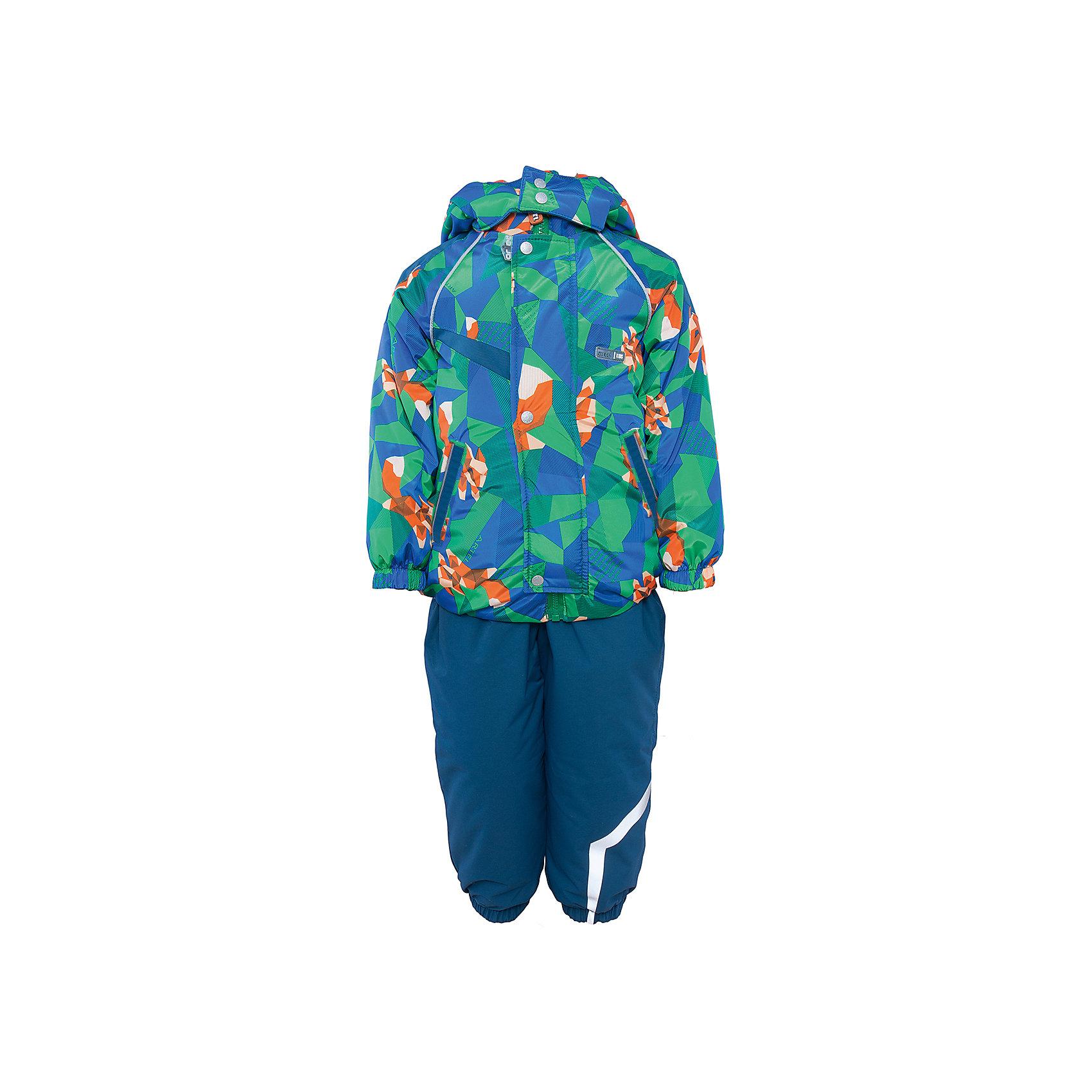 Комплект: куртка и полукомбинезон для мальчика АртельКомплект: куртка и полукомбинезон для мальчика от известного бренда Артель<br>Комплект на современном утеплителеиз мембранной ткани, позволит малышу долго гулять даже в самую слякотную погоду, кататься с мокрых горок и не промокнуть. Куртка выполнена из ткани с оригинальным геометрическим принтом. Центральный замок на молнию прикрыт ветрозащитной планкой. У полукомбинезона регулируется длина бретелек. По низу штанишек расположены штрипки, которые фиксируются на сапожках, удерживают штанину от задирания и обеспечивают дополнительную защиту от скольжения. Сзади, по линии талии, для дополнительной фиксации, расположена резинка.<br>Состав:<br>Верх: KB-703 HiPora<br>Подкладка: интерлок<br>Утеплитель: TermoFinn 200<br>Полукомбинезон:<br>Верх: Dobby HiPora<br>Подкладка: флис, пэ<br>Утеплитель: TermoFinn 200<br><br>Ширина мм: 215<br>Глубина мм: 88<br>Высота мм: 191<br>Вес г: 336<br>Цвет: синий<br>Возраст от месяцев: 12<br>Возраст до месяцев: 15<br>Пол: Мужской<br>Возраст: Детский<br>Размер: 80,92,86<br>SKU: 4963961