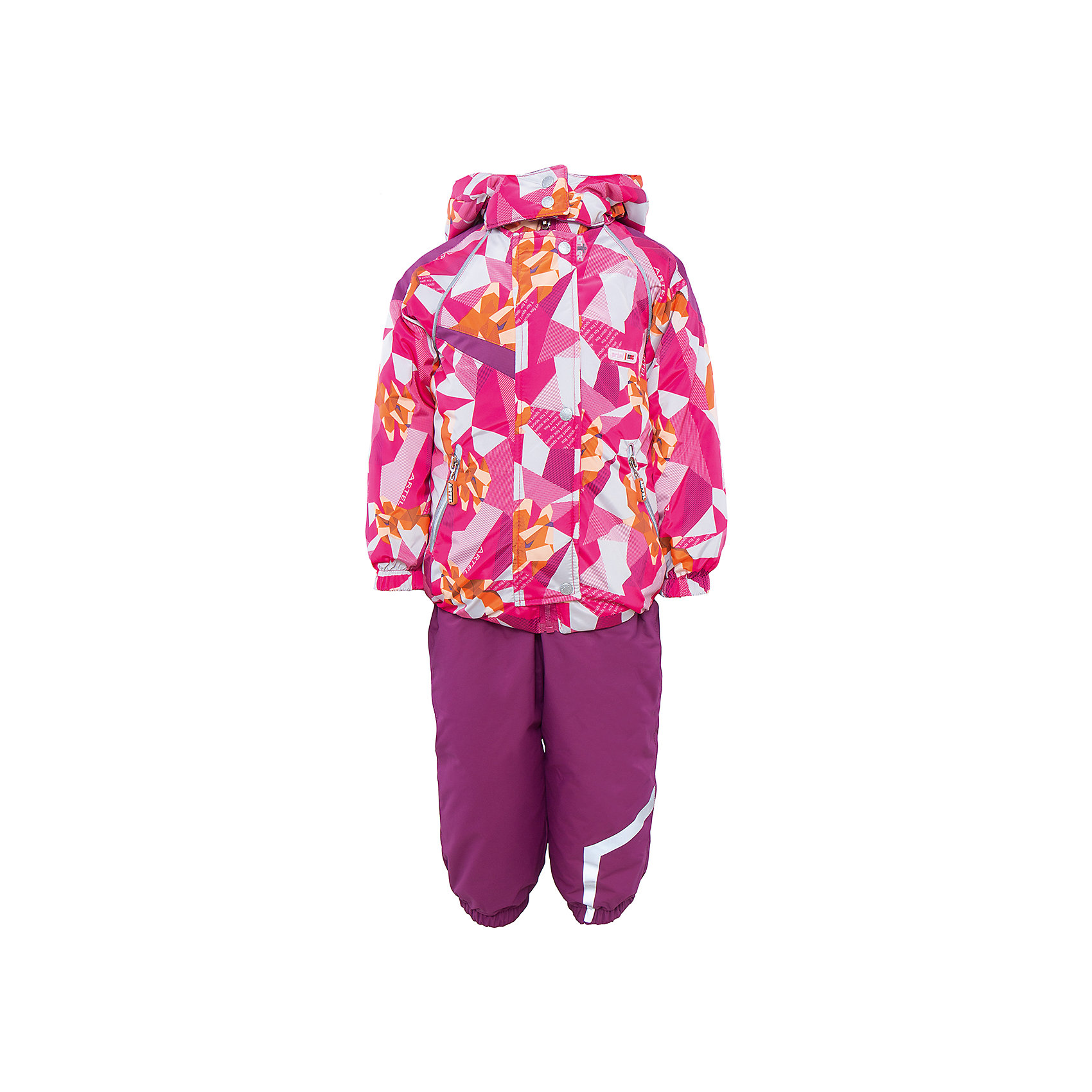 Комплект: куртка и полукомбинезон для девочки АртельВерхняя одежда<br>Комплект: куртка и полукомбинезон для девочки от известного бренда Артель<br>Комплект на современном утеплителеиз мембранной ткани, позволит малышу долго гулять даже в самую слякотную погоду, кататься с мокрых горок и не промокнуть. Куртка выполнена из ткани с оригинальным геометрическим принтом. Центральный замок на молнию прикрыт ветрозащитной планкой. У полукомбинезона регулируется длина бретелек. По низу штанишек расположены штрипки, которые фиксируются на сапожках, удерживают штанину от задирания и обеспечивают дополнительную защиту от скольжения. Сзади, по линии талии, для дополнительной фиксации, расположена резинка.<br>Состав:<br>Верх: KB-703 HiPora<br>Подкладка: интерлок<br>Утеплитель: TermoFinn 200<br>Полукомбинезон:<br>Верх: Dobby HiPora<br>Подкладка: флис, пэ<br>Утеплитель: TermoFinn 200<br><br>Ширина мм: 215<br>Глубина мм: 88<br>Высота мм: 191<br>Вес г: 336<br>Цвет: розовый<br>Возраст от месяцев: 24<br>Возраст до месяцев: 36<br>Пол: Женский<br>Возраст: Детский<br>Размер: 98,110,104<br>SKU: 4963987