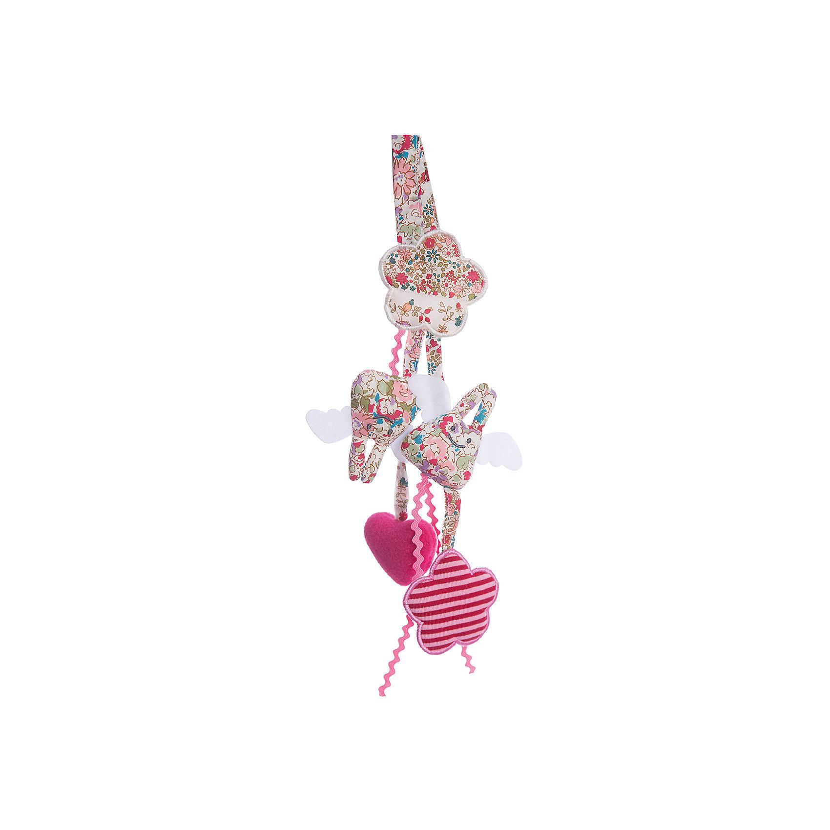 Мягкая погремушка-подвеска, 20см&#13;, TrousselierПодвески<br>Мягкая погремушка-подвеска, 20см, Trousselier<br><br>Характеристики:<br><br>• Материал: текстиль, пластик.<br>• Размер: 20 см. <br><br>Очаровательная мягкая погремушка-подвеска от известного французского бренда Trousselier в виде двух кроликов и двух сердечек не оставит равнодушным ни одного малыша. Такая погремушка легко крепится на кроватку или коляску, она не имеет мелких деталей, и ее запросто можно попробовать на вкус. А нежные пастельные тона великолепно вписываются в любой интерьер - игрушки и аксессуары французского бренда придадут определенный шарм детской комнате или гостиной.<br><br>Мягкую погремушку-подвеску, 20см, Trousselier, можно купить в нашем интернет – магазине.<br><br>Ширина мм: 200<br>Глубина мм: 40<br>Высота мм: 40<br>Вес г: 180<br>Возраст от месяцев: -2147483648<br>Возраст до месяцев: 2147483647<br>Пол: Унисекс<br>Возраст: Детский<br>SKU: 4964790