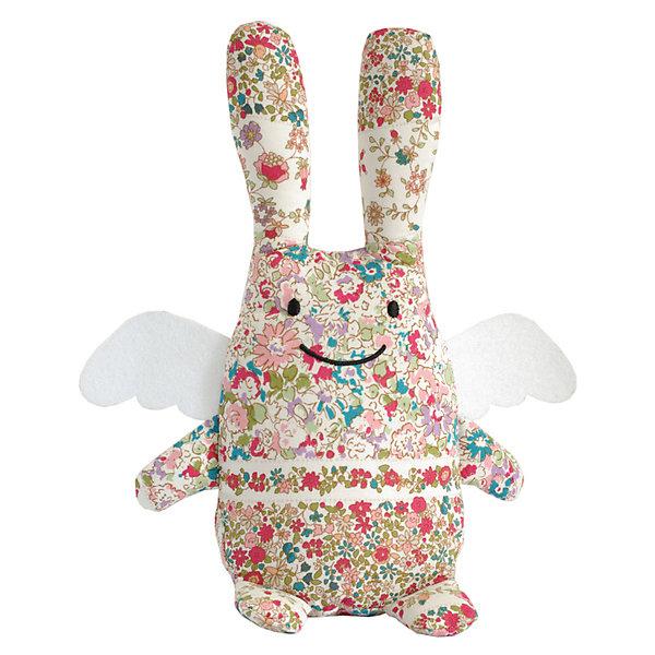 Мягкая игрушка Зайка с крылышками, музыкальный, 24смМузыкальные мягкие игрушки<br>Мягкая игрушка Зайка с крылышками, музыкальный, 24см, Trousselier<br><br>Характеристики:<br><br>• Размер: 24 см<br>• Материал: текстиль, полиэстер, хлопок<br>• Возраст: от 0 месяцев<br><br>Нежный разноцветный зайка с милыми крылышками станет другом для вашего малыша. Натуральный материал не вызывает аллергию и полностью безопасен для нежной кожи. Малыш сможет спать с зайкой, с первых дней своей жизни. А если малышу трудно будет уснуть, зайка споет ему нежную песенку.<br><br>Мягкая игрушка Зайка с крылышками, музыкальный, 24см, Trousselier можно купить в нашем интернет-магазине.<br><br>Ширина мм: 190<br>Глубина мм: 190<br>Высота мм: 90<br>Вес г: 290<br>Возраст от месяцев: -2147483648<br>Возраст до месяцев: 2147483647<br>Пол: Унисекс<br>Возраст: Детский<br>SKU: 4964810