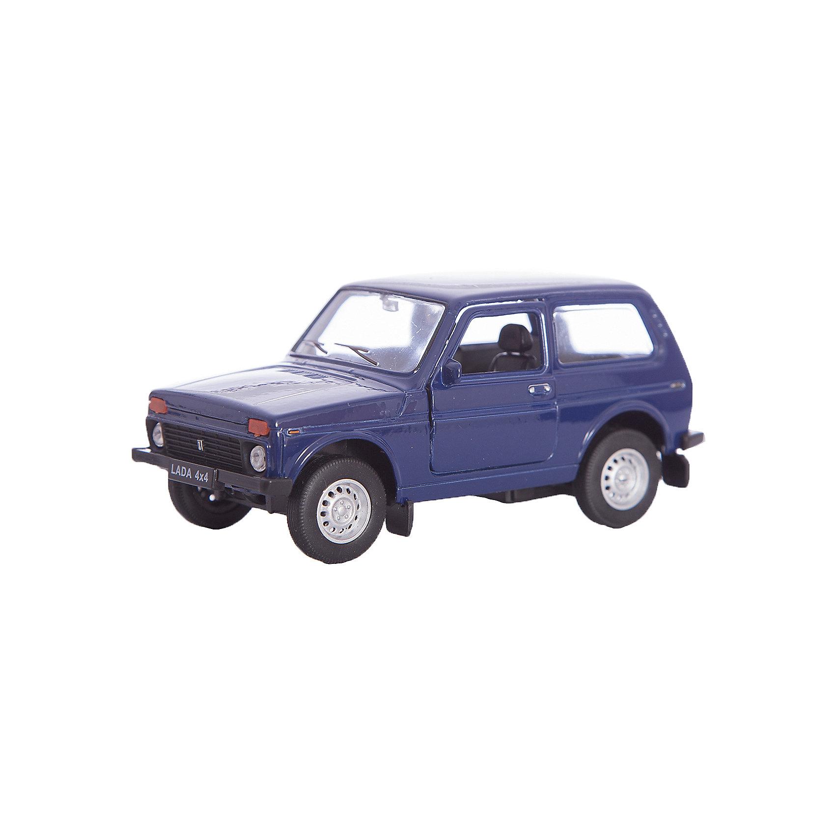 Модель машины 1:34-39 LADA 4x4, WellyКоллекционные модели<br>Коллекционная модель машины  масштаба 1:34-39 LADA 4x4. Функции: открываются передние двери, инерционный механизм.<br>Цвет кузова автомобиля представлен в ассортименте. Выбрать определенный цвет заранее не представляется возможным.<br><br>Ширина мм: 60<br>Глубина мм: 110<br>Высота мм: 150<br>Вес г: 173<br>Возраст от месяцев: 36<br>Возраст до месяцев: 192<br>Пол: Мужской<br>Возраст: Детский<br>SKU: 4966519