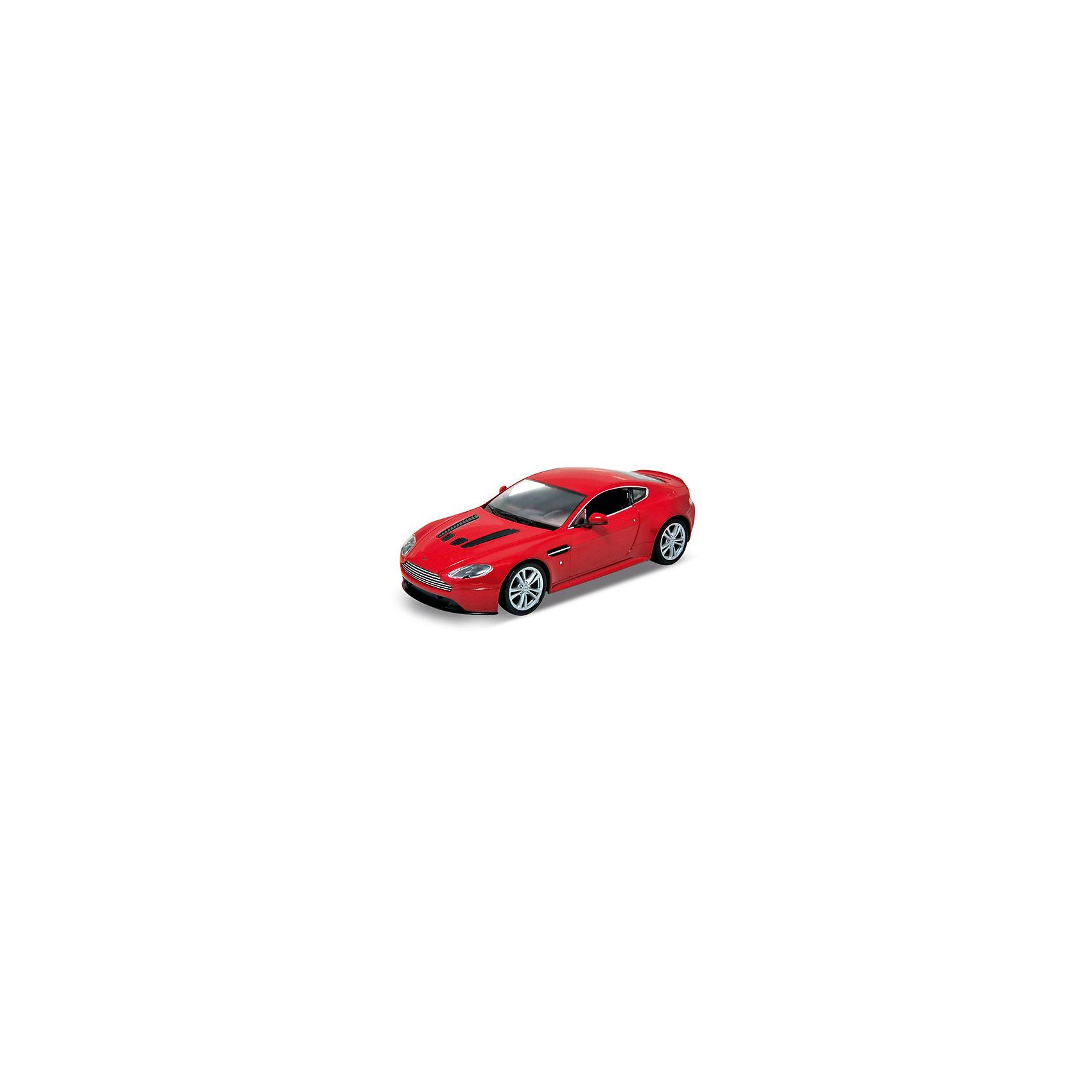 Модель машины 1:87 Aston Martin V12 Vantage, WellyКоллекционные модели<br>Коллекционная модель машины масштаба 1:87 Aston Martin V12 Vantage от Welly. Цвет кузова представлен в ассортименте, выбранный вариант в поставке не гарантирован.<br><br>Ширина мм: 45<br>Глубина мм: 40<br>Высота мм: 75<br>Вес г: 50<br>Возраст от месяцев: 36<br>Возраст до месяцев: 192<br>Пол: Мужской<br>Возраст: Детский<br>SKU: 4966555