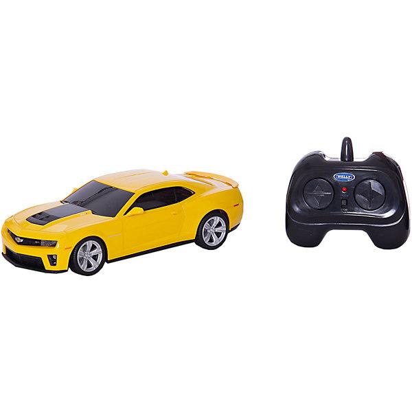 Модель машины 1:24 Chevrolet Camaro ZL1, р/у, WellyРадиоуправляемые машины<br>Модель машины 1:24 Chevrolet Camaro ZL1, р/у, Welly<br><br>Характеристики:<br><br>• Цвет: желтая<br>• Модель: Chevrolet Camaro ZL1<br>• Материал: пластик, металл<br>• Размер упаковки: 7х13х18 см<br>• Размер машинки: 13х4 см<br><br>Машинка полностью повторяет внешний вид настоящей машины Chevrolet Camaro ZL1. Она сможет дополнить коллекцию автомобилей или просто разнообразит игру ребенка. Игрушка сделана из качественного материала, который не только не вреден ребенку, но и очень крепок. В машинке открываются дверки и инерционный механизм. Кроме этого она оснащена звуковым и световым сопровождением.<br><br>Модель машины 1:24 Chevrolet Camaro ZL1, р/у, Welly можно купить в нашем интернет-магазине.<br><br>Ширина мм: 110<br>Глубина мм: 130<br>Высота мм: 260<br>Вес г: 496<br>Возраст от месяцев: 36<br>Возраст до месяцев: 192<br>Пол: Мужской<br>Возраст: Детский<br>SKU: 4966559