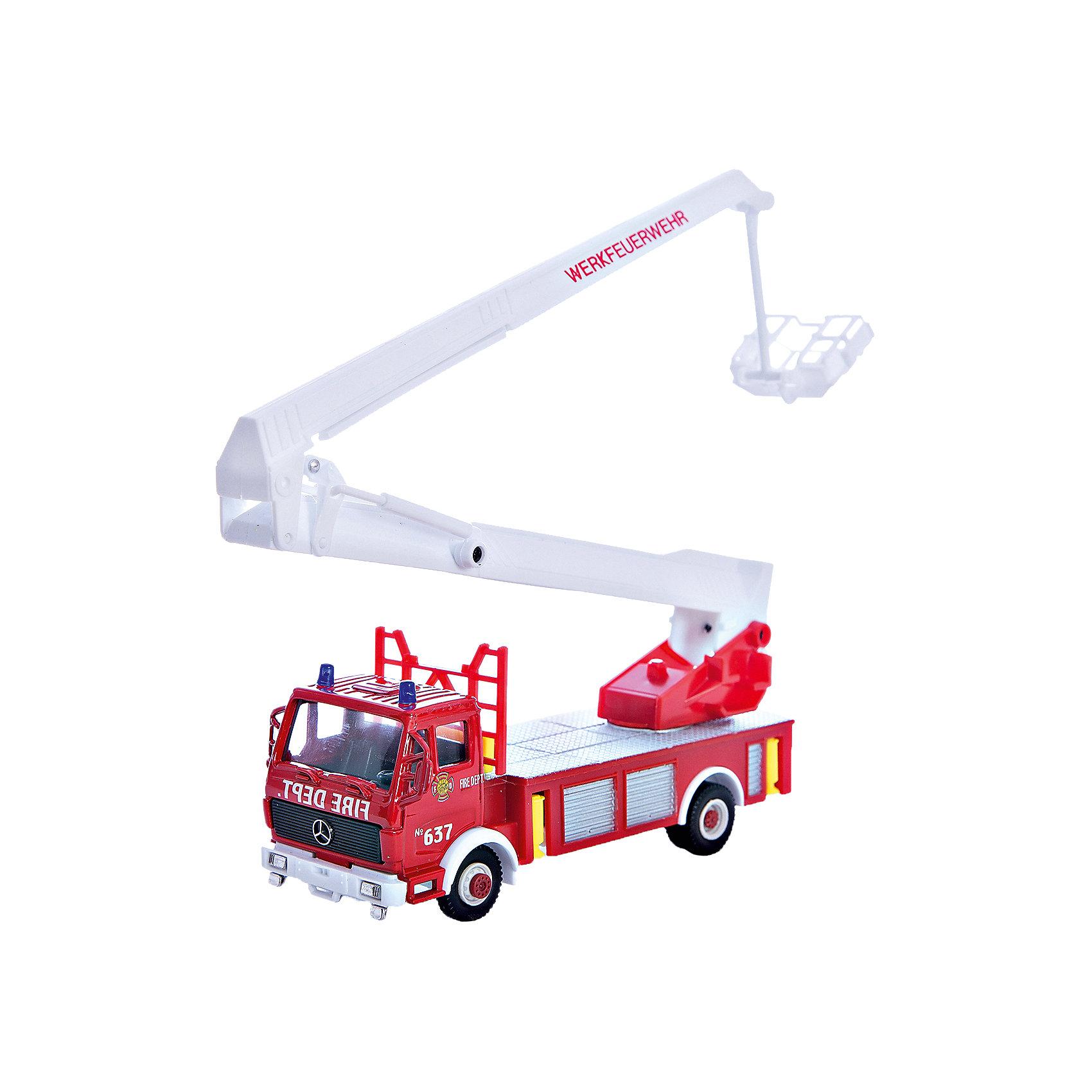 Модель машины Пожарная машина, WellyКоллекционные модели<br>Коллекционная модель машины от Welly Пожарная машина.<br><br>Ширина мм: 70<br>Глубина мм: 110<br>Высота мм: 230<br>Вес г: 227<br>Возраст от месяцев: 36<br>Возраст до месяцев: 192<br>Пол: Мужской<br>Возраст: Детский<br>SKU: 4966564