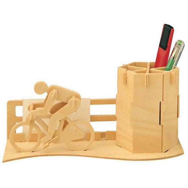Велосипедист (серия С), Мир деревянных игрушекДеревянные модели<br>Порадовать творческого ребенка или любителя спорта - легко! Закажите для него этот набор, из которого можно самому сделать красивую деревянную фигуру! Для этого нужно выдавить из пластины с деталями элементы для сборки и соединить их. Из наборов получаются красивые очень реалистичные игрушки, которые могут стать украшением комнаты.<br>Собирая их, ребенок будет развивать пространственное мышление, память и мелкую моторику. А раскрашивая готовое произведение, дети научатся подбирать цвета и будут развивать художественные навыки. Этот набор произведен из качественных и безопасных для детей материалов - дерево тщательно обработано.<br><br>Дополнительная информация:<br><br>материал: дерево;<br>цвет: бежевый;<br>элементы: пластины с деталями для сборки, схема сборки;<br>размер упаковки: 23 х 18 см.<br><br>3D-пазл Велосипедист (серия С) от бренда Мир деревянных игрушек можно купить в нашем магазине.<br><br>Ширина мм: 225<br>Глубина мм: 30<br>Высота мм: 180<br>Вес г: 450<br>Возраст от месяцев: 36<br>Возраст до месяцев: 144<br>Пол: Мужской<br>Возраст: Детский<br>SKU: 4969244