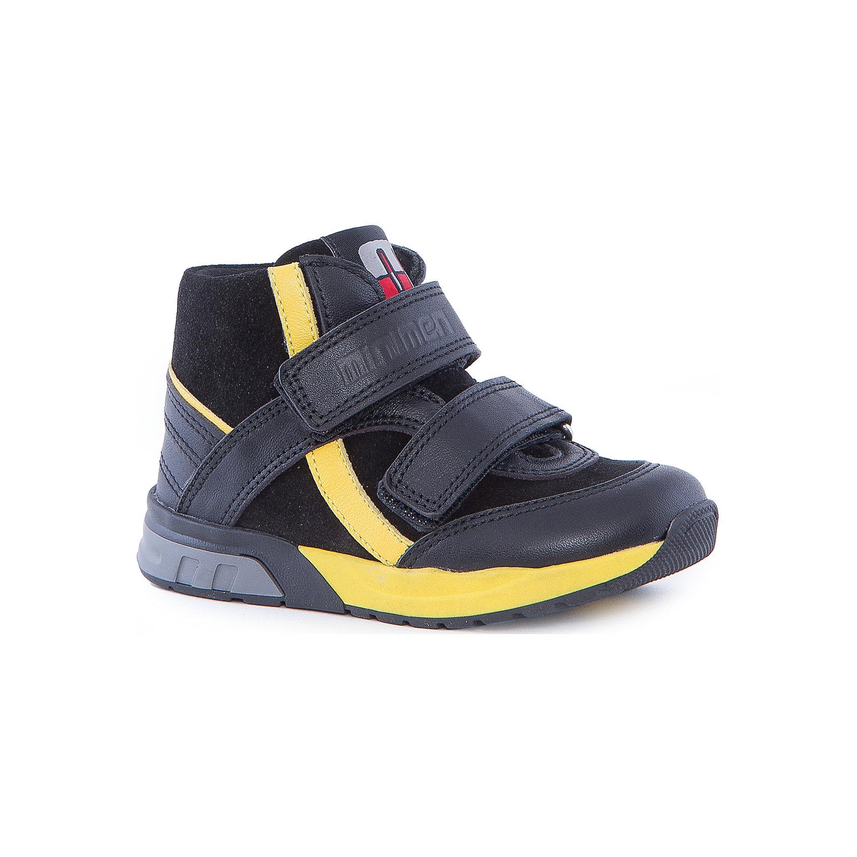 Ботинки для мальчика MinimenБотинки<br>Кожаные ботиночки от Minimen подойдут для осени и теплой зимы. Они имеют уплотненные мыс и задник, ортопедическую стельку, дополнительную прошивку швов. Застегиваются с помощью липучек. Приятный дизайн и комфортная обувь для вашего ребенка!<br><br>Дополнительная информация:<br>Стелька: супинатор<br>Цвет: черный<br>Сезон: осень-зима<br>Материал: 100% кожа. Подкладка: текстиль<br><br>Ботинки Minimen можно купить в нашем интернет-магазине.<br><br>Ширина мм: 262<br>Глубина мм: 176<br>Высота мм: 97<br>Вес г: 427<br>Цвет: черный<br>Возраст от месяцев: 9<br>Возраст до месяцев: 12<br>Пол: Мужской<br>Возраст: Детский<br>Размер: 20,24,21,22,23<br>SKU: 4969888