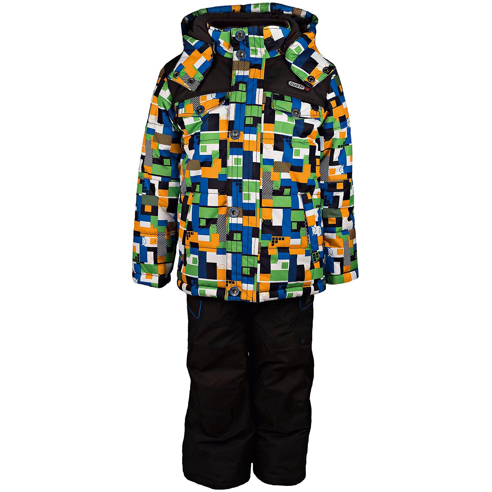 Комплект: куртка и полукомбинезон GUSTIКомплект: куртка и полукомбинезон GUSTI (ГУСТИ) – это идеальный вариант для суровой зимы с сильными морозами.<br><br>Температурный режим: до -30  градусов. Степень утепления – высокая. <br><br>* Температурный режим указан приблизительно — необходимо, прежде всего, ориентироваться на ощущения ребенка. Температурный режим работает в случае соблюдения правила многослойности – использования флисовой поддевы и термобелья.<br><br>Комплект от GUSTI (ГУСТИ) состоит из куртки и полукомбинезона прямого кроя, выполненных из плотного непромокаемого материала с защитной от влаги мембраной 5000 мм. Тань хорошо сохраняет тепло, отталкивает влагу и позволяет коже ребенка дышать. Утеплитель из тек-полифилла и флисовая внутренняя отделка на груди и на спинке дают возможность использовать комплект при очень низких температурах. Куртка застегивается на молнию с ветрозащитной планкой, имеет два накладных кармана с клапанами и два внутренних кармана на застежках-молниях, снегозащитную юбку, трикотажные манжеты в рукавах, отстёгивающийся прилегающий капюшон с флисовой подкладкой. Полукомбинезон застегивается на молнию, имеет два накладных кармана с клапанами на липучках, регулируемые лямки, снегозащитные гетры. Длина брючин регулируется (отворот с креплением на липе). Сзади, на коленях, и по низу брючин имеется дополнительный слой ткани Cordura Oxford (сверхстойкий полиэстер). До размера 6х (120 см.) у полукомбинезона высокая грудка, в размерах 7 (122 см.) - 14 (164см) отстегивающаяся спинка, грудки нет. Модель подходит для прогулок на морозе до -30 градусов.<br><br>Дополнительная информация:<br><br>- Сезон: зима<br>- Пол: мальчик<br>- Цвет: мультиколор, черный<br>- Узор: мозаика<br>- Температурный режим до -30 градусов<br>- Материал верха: куртка - shuss 5000мм (100% полиэстер); брюки - taslan 5000мм, накладки Cordura Oxford сзади, на коленях, и по низу брючин<br>- Наполнитель: куртка - тек-полифилл плотностью 283 гр/м (10 унций) 100% полиэстер; брю