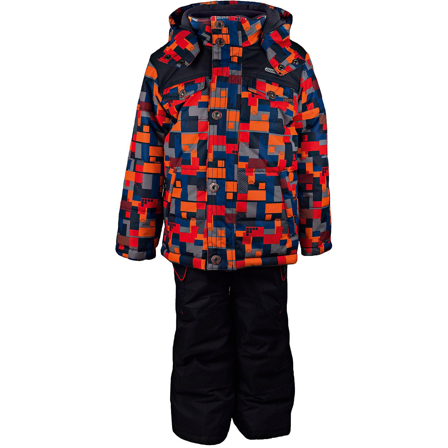 Комплект: куртка и полукомбинезон GUSTIВерхняя одежда<br>Комплект: куртка и полукомбинезон GUSTI (ГУСТИ) – это идеальный вариант для суровой зимы с сильными морозами.<br><br>Температурный режим: до -30  градусов. Степень утепления – высокая. <br><br>* Температурный режим указан приблизительно — необходимо, прежде всего, ориентироваться на ощущения ребенка. Температурный режим работает в случае соблюдения правила многослойности – использования флисовой поддевы и термобелья.<br><br>Комплект от GUSTI (ГУСТИ) состоит из куртки и полукомбинезона прямого кроя, выполненных из плотного непромокаемого материала с защитной от влаги мембраной 5000 мм. Тань хорошо сохраняет тепло, отталкивает влагу и позволяет коже ребенка дышать. Утеплитель из тек-полифилла и флисовая внутренняя отделка на груди и на спинке дают возможность использовать комплект при очень низких температурах. Куртка застегивается на молнию с ветрозащитной планкой, имеет два накладных кармана с клапанами и два внутренних кармана на застежках-молниях, снегозащитную юбку, трикотажные манжеты в рукавах, отстёгивающийся прилегающий капюшон с флисовой подкладкой. Полукомбинезон застегивается на молнию, имеет два накладных кармана с клапанами на липучках, регулируемые лямки, снегозащитные гетры. Длина брючин регулируется (отворот с креплением на липе). Сзади, на коленях, и по низу брючин имеется дополнительный слой ткани Cordura Oxford (сверхстойкий полиэстер). До размера 6х (120 см.) у полукомбинезона высокая грудка, в размерах 7 (122 см.) - 14 (164см) отстегивающаяся спинка, грудки нет. Модель подходит для прогулок на морозе до -30 градусов.<br><br>Дополнительная информация:<br><br>- Сезон: зима<br>- Пол: мальчик<br>- Цвет: оранжевый, красный, синий, серый, черный<br>- Узор: мозаика<br>- Температурный режим до -30 градусов<br>- Материал верха: куртка - shuss 5000мм (100% полиэстер); брюки - taslan 5000мм, накладки Cordura Oxford сзади, на коленях, и по низу брючин<br>- Наполнитель: куртка - тек-полифилл плотностью 