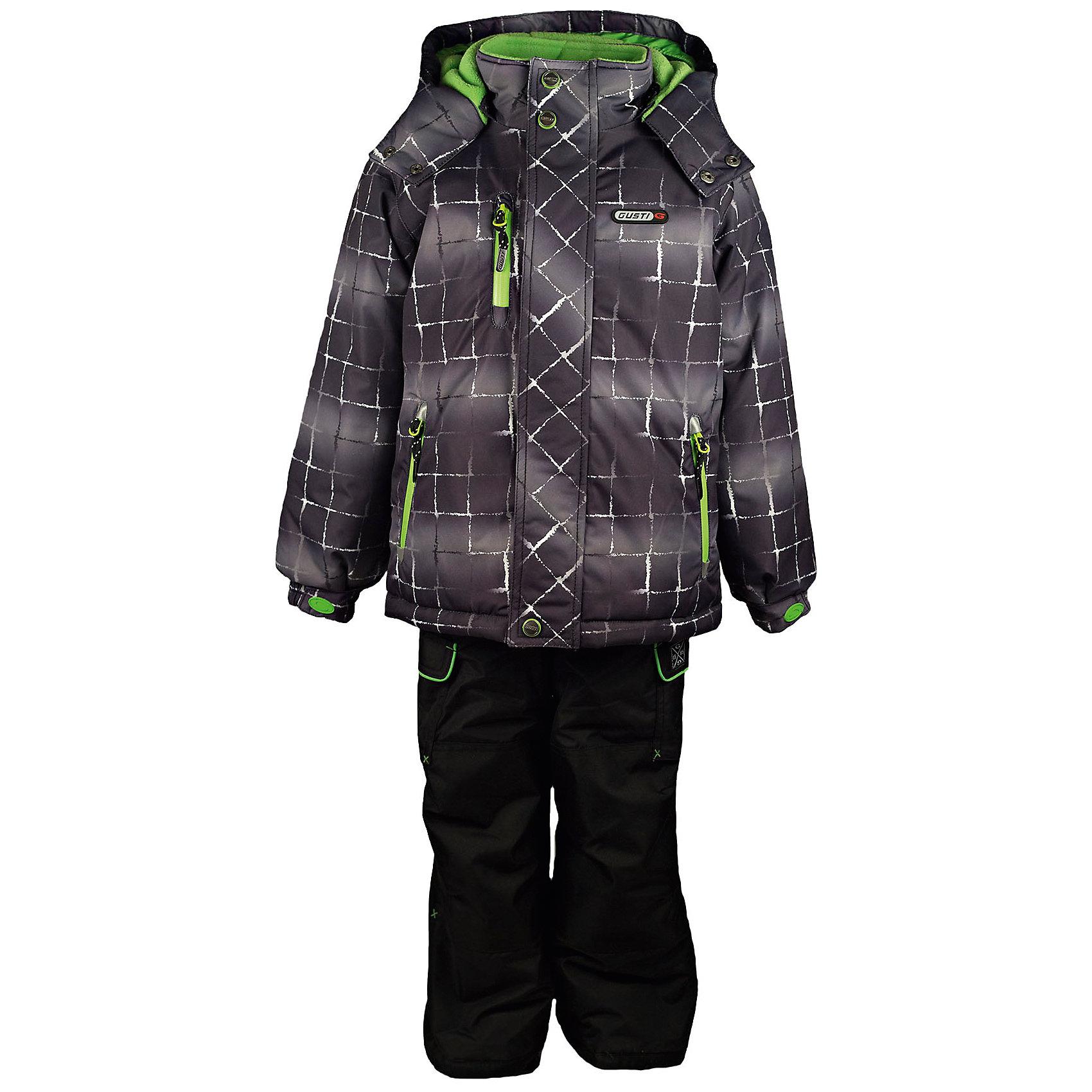 Комплект: куртка и полукомбинезон GUSTIКомплект: куртка и полукомбинезон GUSTI (ГУСТИ) – это идеальный вариант для суровой зимы с сильными морозами.<br><br>Температурный режим: до -30  градусов. Степень утепления – высокая. <br><br>* Температурный режим указан приблизительно — необходимо, прежде всего, ориентироваться на ощущения ребенка. Температурный режим работает в случае соблюдения правила многослойности – использования флисовой поддевы и термобелья.<br><br>Комплект от GUSTI (ГУСТИ) состоит из куртки и полукомбинезона прямого кроя, выполненных из плотного непромокаемого материала с защитной от влаги мембраной 5000 мм. Тань хорошо сохраняет тепло, отталкивает влагу и позволяет коже ребенка дышать. Утеплитель из тек-полифилла и флисовая внутренняя отделка на груди и на спинке дают возможность использовать комплект при очень низких температурах. Куртка застегивается на молнию с ветрозащитной планкой, имеет внутренние карманы на молниях, снегозащитную юбку, трикотажные манжеты в рукавах, отстёгивающийся прилегающий капюшон с флисовой подкладкой, высокий ворот с защитой подбородка. Низ рукавов регулируется с помощью липучек. Полукомбинезон застегивается на молнию, имеет два накладных кармана с клапанами, регулируемые лямки, снегозащитные гетры. Длина брючин регулируется (отворот с креплением на липе). Сзади, на коленях, и по низу брючин имеется дополнительный слой ткани Cordura Oxford (сверхстойкий полиэстер). До размера 6х (120 см.) у полукомбинезона высокая грудка, в размерах 7 (122 см.) - 14 (164см) отстегивающаяся спинка, грудки нет. Модель подходит для прогулок на морозе до -30 градусов.<br><br>Дополнительная информация:<br><br>- Сезон: зима<br>- Пол: мальчик<br>- Цвет: серый, черный, зеленый<br>- Узор: клетка<br>- Температурный режим до -30 градусов<br>- Материал верха: куртка - shuss 5000мм (100% полиэстер); брюки - taslan 5000мм, накладки Cordura Oxford сзади, на коленях, и по низу брючин<br>- Наполнитель: куртка - тек-полифилл плотностью 283 гр/м (10 унций)