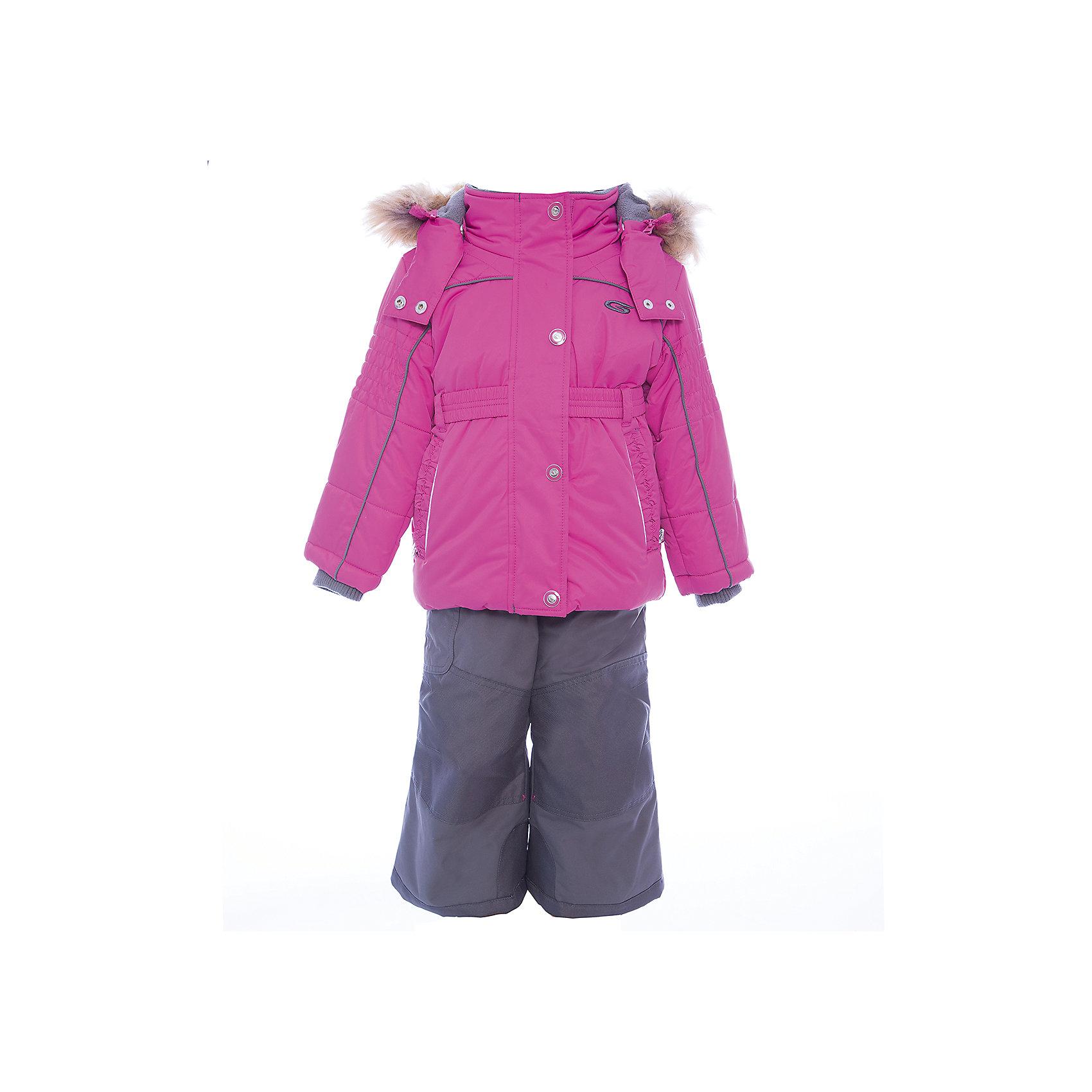 Комплект: куртка и полукомбинезон GUSTIВерхняя одежда<br>Комплект: куртка и полукомбинезон GUSTI (ГУСТИ) – это идеальный вариант для суровой зимы с сильными морозами.<br><br>Температурный режим: до -30  градусов. Степень утепления – высокая. <br><br>* Температурный режим указан приблизительно — необходимо, прежде всего, ориентироваться на ощущения ребенка. Температурный режим работает в случае соблюдения правила многослойности – использования флисовой поддевы и термобелья.<br><br>Комплект от GUSTI (ГУСТИ) состоит из куртки и полукомбинезона, выполненных из плотного непромокаемого материала с защитной от влаги мембраной 5000 мм. Тань хорошо сохраняет тепло, отталкивает влагу и позволяет коже ребенка дышать. Утеплитель из тек-полифилла и флисовая внутренняя отделка на груди и на спинке дают возможность использовать комплект при очень низких температурах. Куртка застегивается на молнию с ветрозащитной планкой, имеет два боковых кармана на застежках-молниях, эластичный пояс, снегозащитную юбку, трикотажные манжеты в рукавах, высокий ворот с защитой подбородка, отстёгивающийся прилегающий капюшон с флисовой подкладкой и оторочкой из искусственного меха. Полукомбинезон застегивается на молнию, имеет накладной карман с клапаном на липучке, регулируемые лямки, снегозащитные гетры. Длина брючин регулируется (отворот с креплением на липе). Сзади, на коленях, и по низу брючин имеется дополнительный слой ткани Cordura Oxford (сверхстойкий полиэстер). До размера 6х (120 см.) у полукомбинезона высокая грудка, в размерах 7 (122 см.) - 14 (164см) отстегивающаяся спинка, грудки нет. Модель подходит для прогулок на морозе до -30 градусов.<br><br>Дополнительная информация:<br><br>- Сезон: зима<br>- Пол: девочка<br>- Цвет: розовый, серый<br>- Узор: однотонный<br>- Температурный режим до -30 градусов<br>- Материал верха: куртка - shuss 5000мм (100% полиэстер); брюки - taslan 5000мм, накладки Cordura Oxford сзади, на коленях, и по низу брючин<br>- Наполнитель: куртка - тек-полифилл плотн