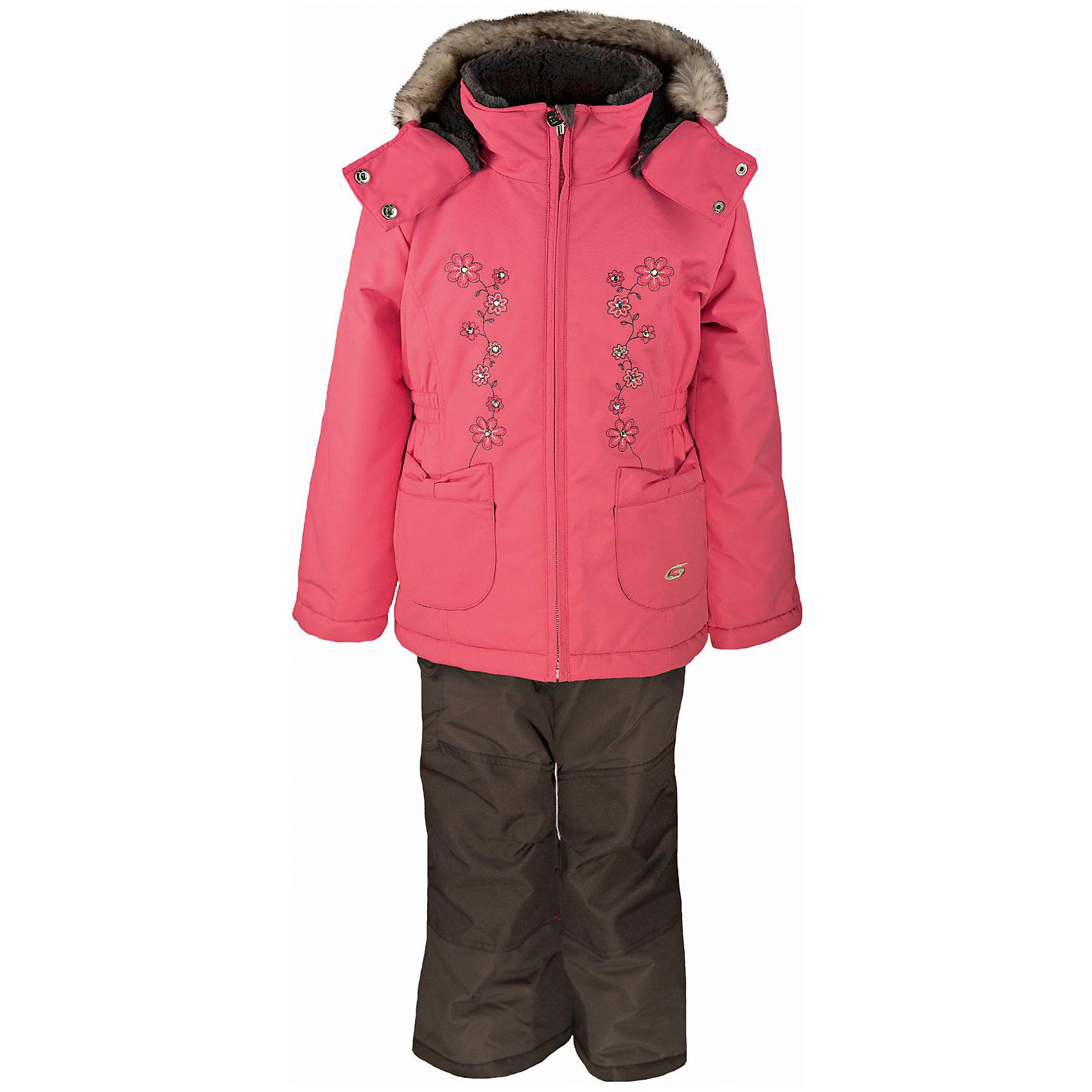Комплект: куртка и полукомбинезон GUSTIВерхняя одежда<br>Комплект: куртка и полукомбинезон GUSTI (ГУСТИ) – это идеальный вариант для суровой зимы с сильными морозами.<br><br>Температурный режим: до -30  градусов. Степень утепления – высокая. <br><br>* Температурный режим указан приблизительно — необходимо, прежде всего, ориентироваться на ощущения ребенка. Температурный режим работает в случае соблюдения правила многослойности – использования флисовой поддевы и термобелья.<br><br>Комплект от GUSTI (ГУСТИ) состоит из куртки и полукомбинезона, выполненных из плотного непромокаемого материала с защитной от влаги мембраной 5000 мм. Тань хорошо сохраняет тепло, отталкивает влагу и позволяет коже ребенка дышать. Утеплитель из тек-полифилла и флисовая внутренняя отделка на груди и на спинке дают возможность использовать комплект при очень низких температурах. Куртка застегивается на молнию, имеет два накладных кармана, снегозащитную юбку, эластичную утяжку на талии, трикотажные манжеты в рукавах, высокий ворот с защитой подбородка, отстёгивающийся капюшон с подкладкой и оторочкой из искусственного меха. Полукомбинезон застегивается на молнию, имеет накладной карман с клапаном на липучке, регулируемые лямки, снегозащитные гетры. Длина брючин регулируется (отворот с креплением на липе). Сзади, на коленях, и по низу брючин имеется дополнительный слой ткани Cordura Oxford (сверхстойкий полиэстер). До размера 6х (120 см.) у полукомбинезона высокая грудка, в размерах 7 (122 см.) - 14 (164см) отстегивающаяся спинка, грудки нет. Модель подходит для прогулок на морозе до -30 градусов.<br><br>Дополнительная информация:<br><br>- Сезон: зима<br>- Пол: девочка<br>- Цвет: серый, розовый<br>- Узор: однотонный<br>- Температурный режим до -30 градусов<br>- Материал верха: куртка - shuss 5000мм (100% полиэстер); брюки - taslan 5000мм, накладки Cordura Oxford сзади, на коленях, и по низу брючин<br>- Наполнитель: куртка - тек-полифилл плотностью 283 гр/м (10 унций) 100% полиэстер; брюки - тек