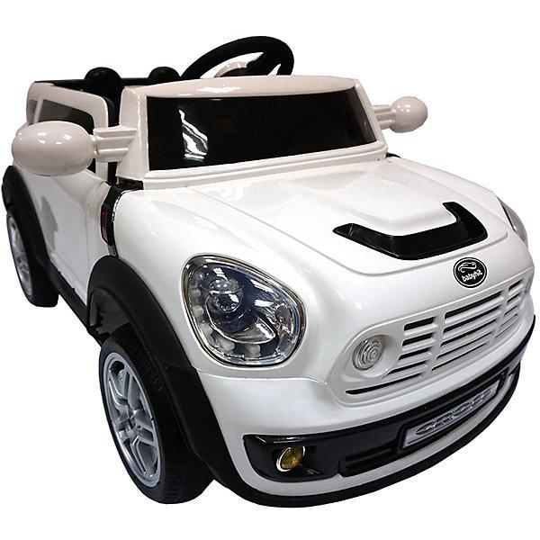 Электромобиль Cross, белый, BabyHitЭлектромобили<br>Любой ребенок придет в восторг от такого стильного автомобиля! Большие мягкие полиуретановые колеса обеспечат плавный ход. Два электродвигателя позволяют развивать скорость до 5 км/час. Звуковые и световые эффекты сделают прогулки веселыми и яркими. Двери машины открываются. Пульт дистанционного управления позволяет родителям не беспокоиться, что их юный автолюбитель уедет от них, а выдвижная ручка позволяет катить автомобиль без использования электродвигателя. <br>Электромобиль Cross прекрасно детализирован, выглядит как настоящий. <br>Позвольте вашему ребенку ощутить себя опытным водителем собственного роскошного автомобиля!  <br><br>Дополнительная информация:<br><br>- Материал: пластик, металл, полиуретан. <br>- Размер: 123 х 65 х 55 см.<br>- Вес автомобиля: 16,5 см.<br>- Максимальный вес ребенка: 35 кг.<br>- Максимальная скорость 5 км/ч. <br>- Двери открываются.<br>- Звуковые и световые эффекты, МP3.<br>- Для детей в возрасте от 3-х до 8 лет.<br>- Два редуктора/электродвигателя (мощностью 35 Вт каждый).<br>- Два аккумулятора 6В/7Ач.<br>- Пульт дистанционного управления (Bluetooth).<br>- Ручка и колеса для перевозки. <br><br>Электромобиль Cross, белый, BabyHit (Беби Хит), можно купить в нашем магазине.<br><br>Ширина мм: 1230<br>Глубина мм: 550<br>Высота мм: 650<br>Вес г: 23500<br>Возраст от месяцев: 24<br>Возраст до месяцев: 84<br>Пол: Унисекс<br>Возраст: Детский<br>SKU: 4974811