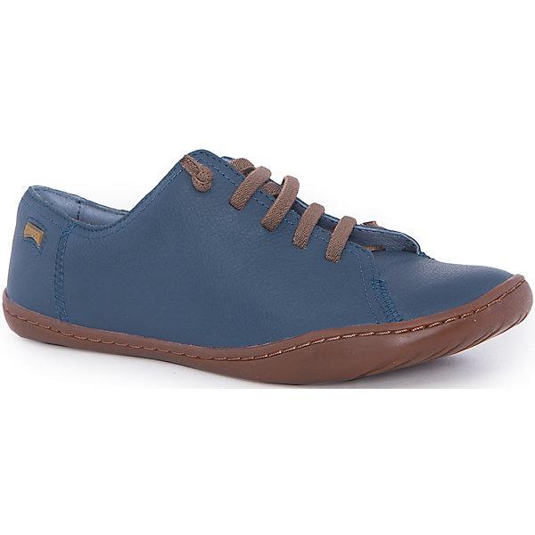 Полуботинки для мальчика CamperБотинки<br>Характеристики:<br><br>• Предназначение: повседневная обувь<br>• Сезон: демисезонные<br>• Пол: для мальчика<br>• Цвет: синий, коричневый<br>• Материал верха и стельки: натуральная кожа<br>• Материал подошвы: резина<br>• Тип каблука и подошвы: плоская<br>• Тип застежки: на шнурках<br>• Уход: удаление загрязнений мягкой тканью<br><br>Полуботинки для мальчика Camper изготовлены испанским торговым брендом, специализирующимся на производстве обуви премиум-класса. Детская обувь Camper учитывает анатомические особенности детской растущей ноги, поэтому она изготавливается исключительно из натуральной кожи. Все элементы полуботинок прошиты зигзагообразной строчкой,  что придает обуви повышенную износоустойчивость. Также прошита подошва. Полуботинки имеют классическую форму и дизайн: выполнены в синем цвете, яркий элемент полуботинок: контрастирующие с основным цветом шнурки.<br><br>Полуботинки для мальчика Camper можно купить в нашем интернет-магазине.<br><br>Ширина мм: 262<br>Глубина мм: 176<br>Высота мм: 97<br>Вес г: 427<br>Цвет: синий<br>Возраст от месяцев: 36<br>Возраст до месяцев: 48<br>Пол: Мужской<br>Возраст: Детский<br>Размер: 37,30,26,27,25,38,34,32,33,36,29,31,35,28<br>SKU: 4974828