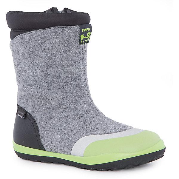 Валенки  CamperВаленки<br>Характеристики:<br><br>• Предназначение: повседневная обувь<br>• Сезон: зима<br>• Пол: универсальный<br>• Цвет: серый, черный, салатовый<br>• Материал верха и стельки: кожа, войлок<br>• Материал подошвы: резина<br>• Тип каблука и подошвы: плоская<br>• Тип застежки: молния боковая<br>• Уход: удаление загрязнений мягкой тканью или щеткой для обуви<br><br>Сапоги Camper изготовлены испанским торговым брендом, специализирующимся на производстве обуви премиум-класса. Детская обувь Camper учитывает анатомические особенности детской растущей ноги, поэтому при ее изготовливлениииспользуются материалы самого высокого качества. Сапоги выполнены из сочетания кожи и войлока, все элементы верха прошиты. Эта модель обуви выполнена с повышенным внутренним утеплением. Сапоги классического стиля представлены в ярком дизайне. Обувь отличается высокой прочностью, износостойкостью, но при этом легким весом и гибкостью. <br><br>Сапоги Camper можно купить в нашем интернет-магазине.<br><br>Ширина мм: 257<br>Глубина мм: 180<br>Высота мм: 130<br>Вес г: 420<br>Цвет: белый<br>Возраст от месяцев: 84<br>Возраст до месяцев: 96<br>Пол: Унисекс<br>Возраст: Детский<br>Размер: 31,33,32,38,36,34,37,35<br>SKU: 4974973