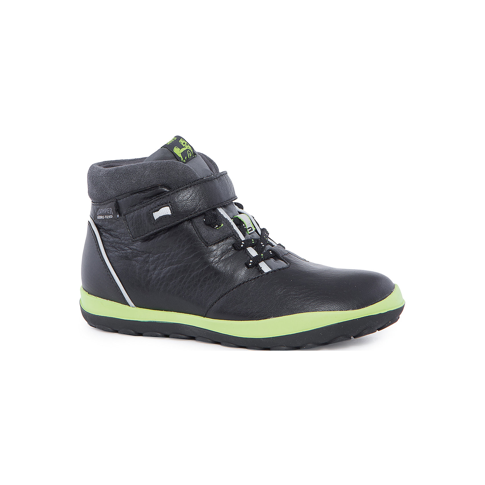 Ботинки для мальчика CamperБотинки<br>Характеристики:<br><br>• Предназначение: повседневная обувь<br>• Сезон: демисезонные<br>• Пол: для мальчика<br>• Цвет: черный, синий, салатовый<br>• Материал верха и стельки: натуральная кожа, текстиль, замша<br>• Материал подошвы: резина<br>• Тип каблука и подошвы: рифленая подошва<br>• Тип застежки: шнурки, ремешки-липучки<br>• Уход: удаление загрязнений мягкой тканью<br><br>Ботинки для мальчика Camper изготовлены испанским торговым брендом, специализирующимся на производстве обуви премиум-класса. Детская обувь Camper учитывает анатомические особенности детской растущей ноги, поэтому она изготавливается исключительно из натуральной кожи. Ботинки выполнены из сочетания гладкой кожи и замши, все элементы верха прошиты, имеется ортопедическая стелька. Эта модель ботинок выполнена с повышенными влагостойкими и антискользящими свойствами, имеет дополнительное утепление. Ботинки выполнены в дизайне детской линии от Camper – Peu Pista, которая отличается спортивным дизайном и яркими элементами, анатомической формой и повышенными комфортными свойствами. <br><br>Ботинки для мальчика Camper можно купить в нашем интернет-магазине.<br><br>Ширина мм: 262<br>Глубина мм: 176<br>Высота мм: 97<br>Вес г: 427<br>Цвет: черный<br>Возраст от месяцев: 96<br>Возраст до месяцев: 108<br>Пол: Мужской<br>Возраст: Детский<br>Размер: 32,36,35,37,33,38,34,31<br>SKU: 4974998