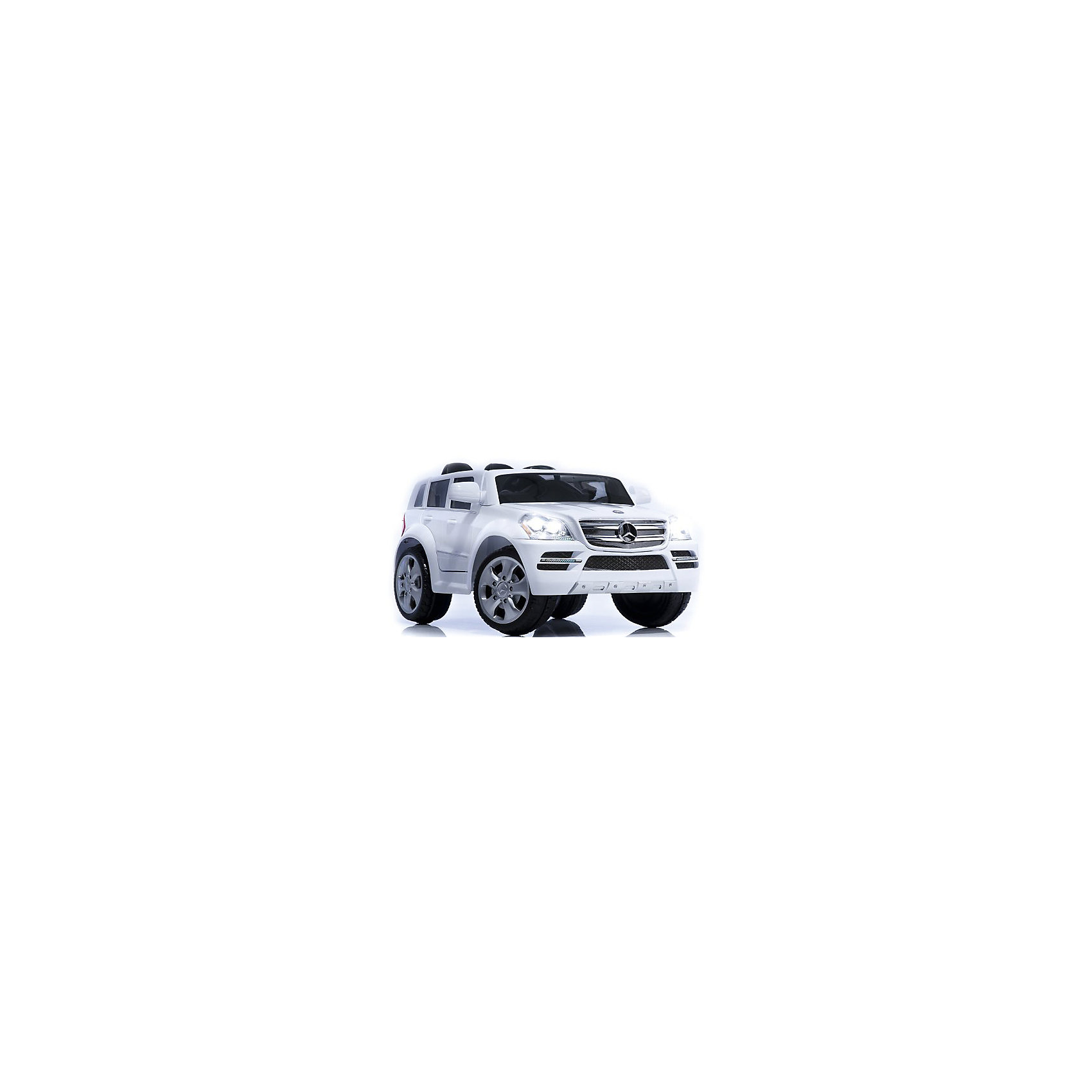 Электромобиль A06, Geoby, белыйЭлектромобили<br>Детский электромобиль Geoby Mercedes (Мерседес) W488Q очень похож на настоящий автомобиль Mercedes-Benz GL500. Им может управлять как ребенок с помощью руля, так и взрослый при помощи пульта дистанционного управления (ПДУ). С детским электромобилем Geoby Mercedes Ваш ребёнок может уверенно преодолевать препятствия и разгоняться до 3-4 км/час, а с помощью пульта дистанционного управления Вы можете, помогать своему ребёнку контролировать, движение машины, пока он не научится самостоятельно ею управлять.  <br>Особенности:<br>- подойдёт как мальчикам так и  девочкам.<br>- могут ездить два ребёнка.<br>- имеются ремни безопасности.<br>- управление электромобилем осуществляется при помощи многофункционального руля или пульта дистанционного управления.<br>- пульт дистанционного управления в комплекте.<br>- машина приводится в движение с помощью педали газа или нажатия кнопки на пульте дистанционного управления.<br>- для остановки необходимо просто отпустить педаль газа.<br>- может ездить вперёд и назад (переключение ручное или с помощью пульта дистанционного управления).<br>- уверенно и устойчиво преодолевает повороты.<br>- световые и звуковые эффекты есть.<br>- fm-радио на панели управления электромобиля с возможностью прослушивания mp3.<br>- есть лобовое стекло и зеркала заднего вида.<br>- развивает скорость 3-4 км/ч.<br>- аккумулятор и зарядное устройство в комплекте.<br>- высота/ширина/длина – 57*69*112 см.<br><br>Электромобиль A06,торговой марки  Geoby, можно купить в нашем интернет-магазине.<br><br>Ширина мм: 640<br>Глубина мм: 475<br>Высота мм: 1140<br>Вес г: 22800<br>Возраст от месяцев: 24<br>Возраст до месяцев: 84<br>Пол: Унисекс<br>Возраст: Детский<br>SKU: 4975816