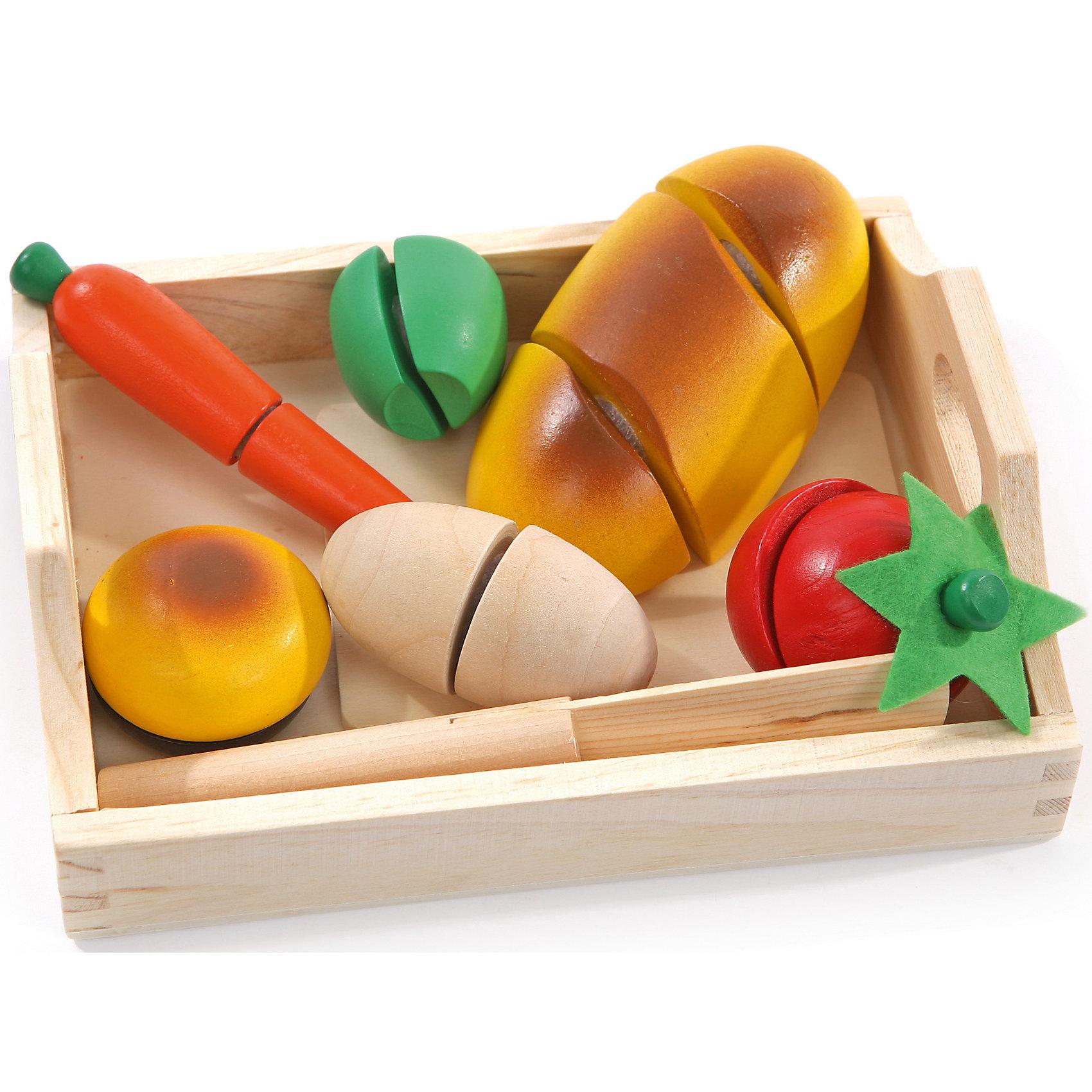 Игровой набор малый Готовим завтрак, Мир деревянных игрушекИгрушечные продукты питания<br>Дети спешат узнавать мир, и делать это приятнее, играя! Развивающие игрушки помогают малышу быстрее освоить нужные навыки: они развивают мелкую моторику, цветовосприятие, умение логически размышлять, внимание, способность распознавать разные геометрические формы и многое другое.<br>Эта игрушка в виде набора продуктов сделана из натурального дерева, отлично обработанного и безопасного для малышей. Предметы состоят из нескольких частей, соединенных между собой. Можно делать вид, что их режешь! Игра с таким набором может надолго занять ребенка!<br><br>Дополнительная информация:<br><br>цвет: разноцветный;<br>материал: дерево;<br>комплектация: разделочная доска, нож, хлеб, яйцо, помидор, яблоко, морковка,  пончик;<br>размер доски: 8 х 10 см.<br><br>Игровой набор малый Готовим завтрак от компании Мир деревянных игрушек можно купить в нашем магазине.<br><br>Ширина мм: 145<br>Глубина мм: 55<br>Высота мм: 230<br>Вес г: 415<br>Возраст от месяцев: 36<br>Возраст до месяцев: 2147483647<br>Пол: Унисекс<br>Возраст: Детский<br>SKU: 4976687