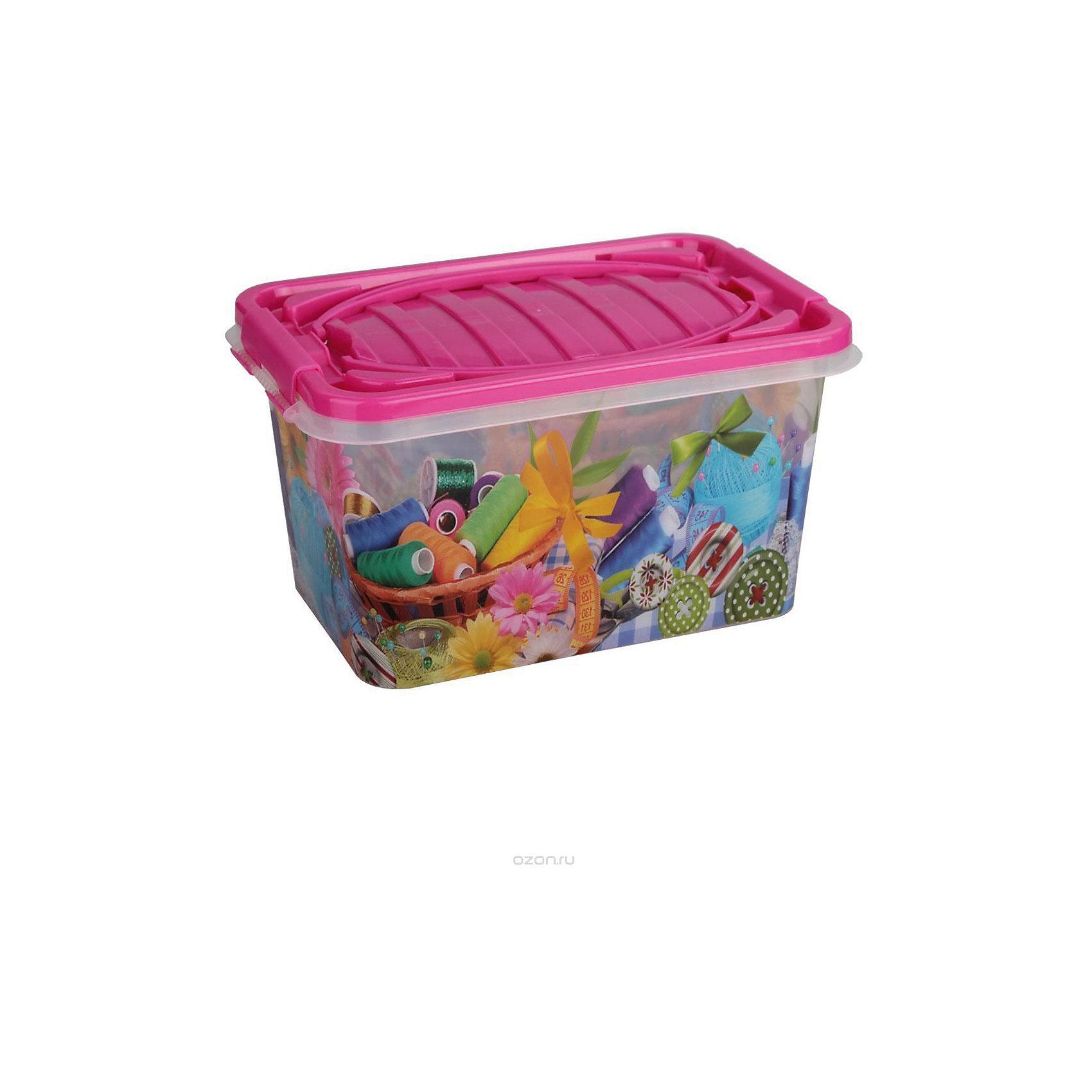 Контейнер Рукодельница прямоугольный 15л. ,  AlternativaПорядок в детской<br>Вместительный контейнер Рукодельница отлично подойдет для хранения игрушек, принадлежностей для шитья или безделушек. Контейнер надежно закрывается крышкой и декорирован рисунком.<br><br>Дополнительная информация:<br>Материал: пластик<br>Объем: 15л<br>Размер: 39х26,5х21 см<br><br>Контейнер Рукодельница можно купить в нашем интернет-магазине.<br><br>Ширина мм: 390<br>Глубина мм: 265<br>Высота мм: 210<br>Вес г: 686<br>Возраст от месяцев: 36<br>Возраст до месяцев: 144<br>Пол: Унисекс<br>Возраст: Детский<br>SKU: 4979720